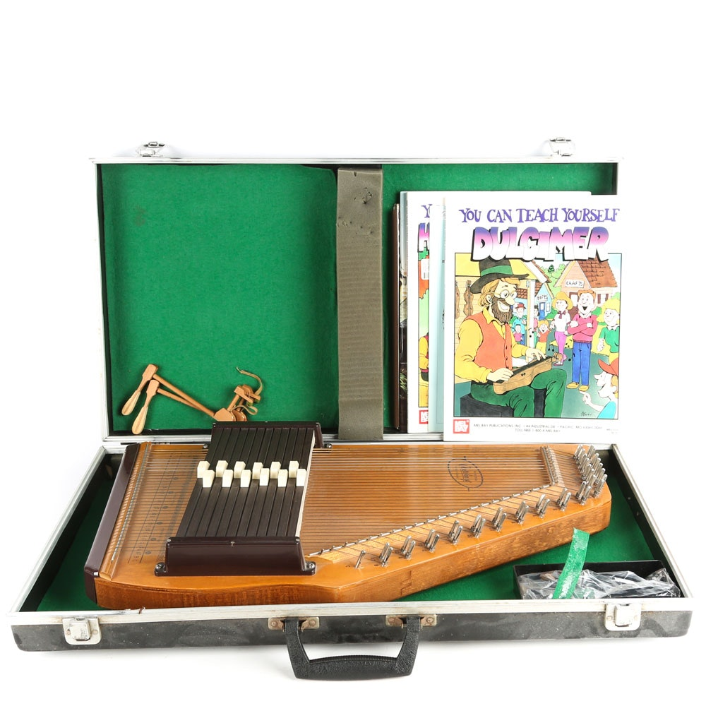 Oscar Schmidt Autoharp, Case and Instructional Songbooks