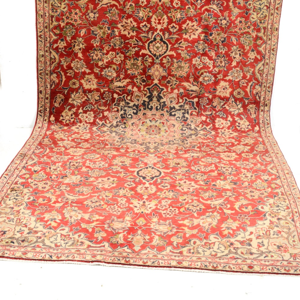 6' x 10' Semi-Antique Hand-Knotted Persian Isfahan Rug