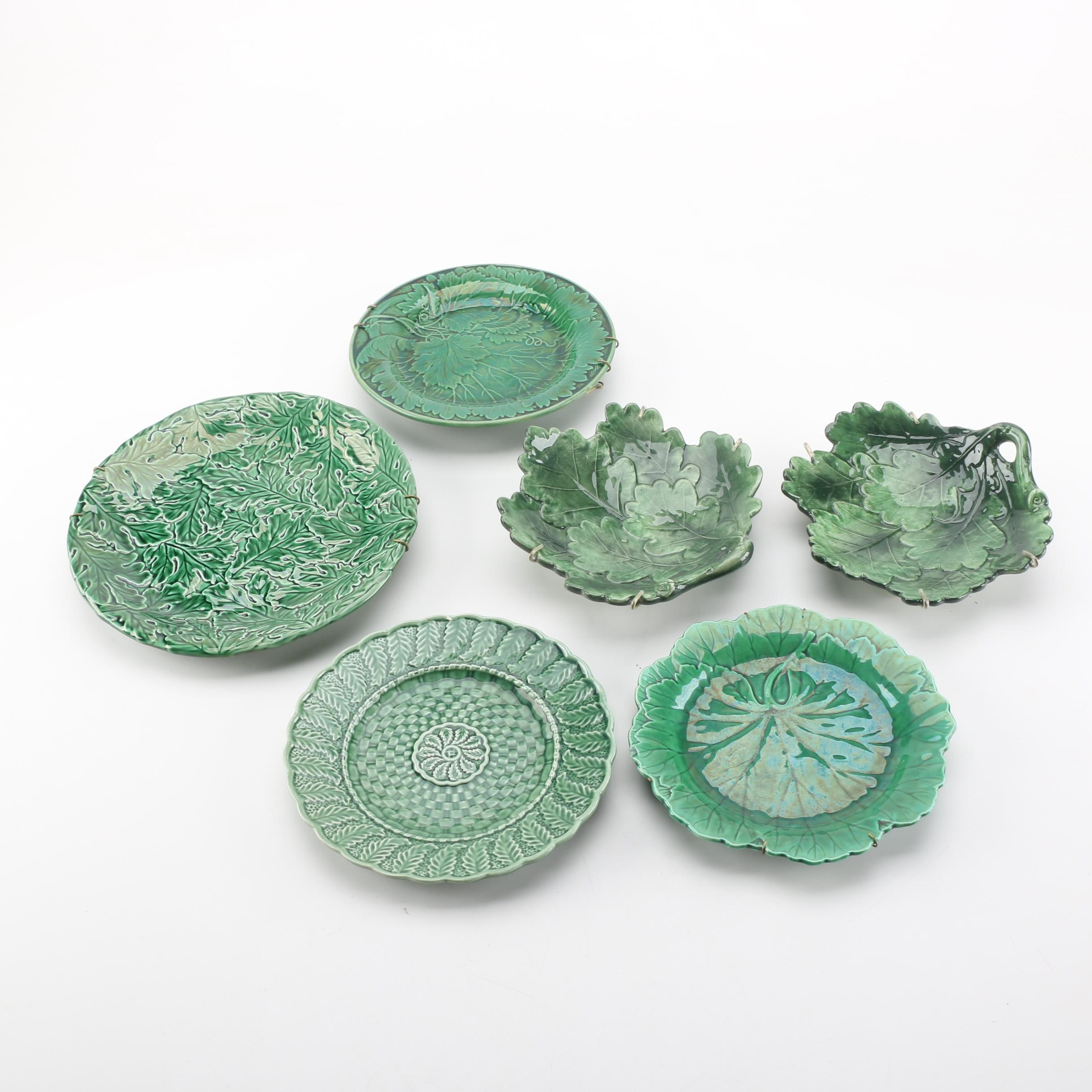 Green Leaf Pattern Plates