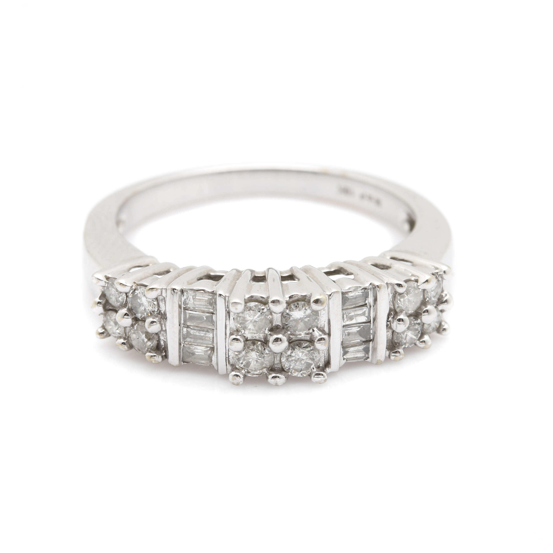 10K White Gold 0.60 CTW Diamond Ring