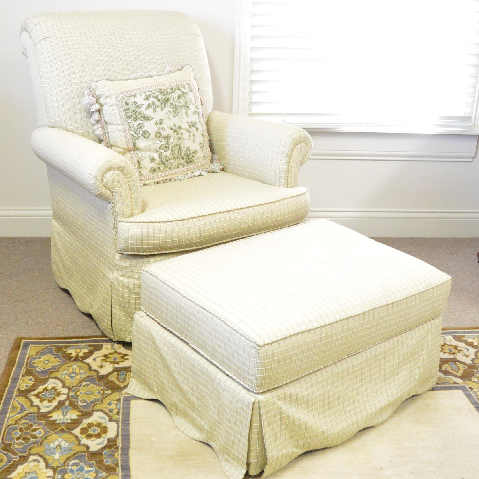 Upholstered Rocking Armchair with Ottoman
