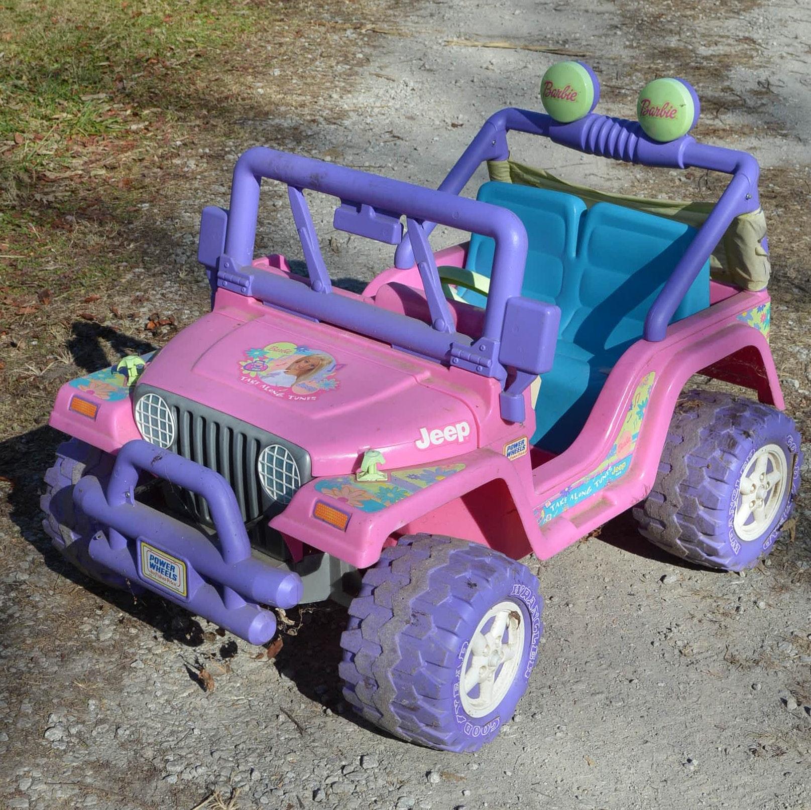"2002 Barbie ""Take Along Tunes"" Jeep by Power Wheels"