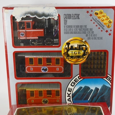 vintage lehmann gross bahn electric passenger train set and track ebth. Black Bedroom Furniture Sets. Home Design Ideas