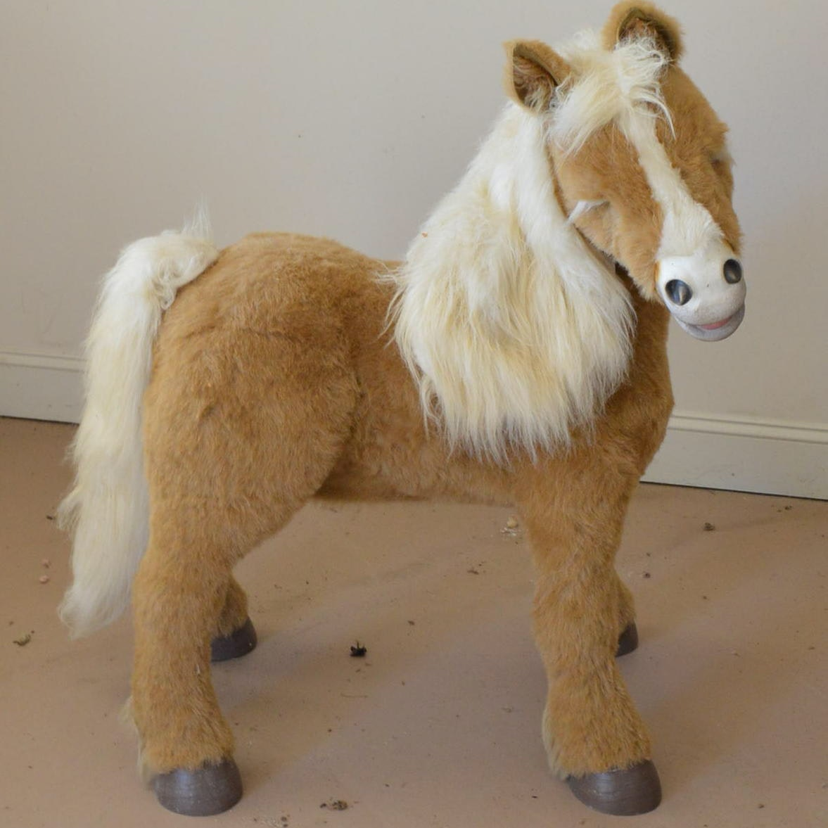 """FurReal Friends """"Butterscotch"""" Interactive Pony"""