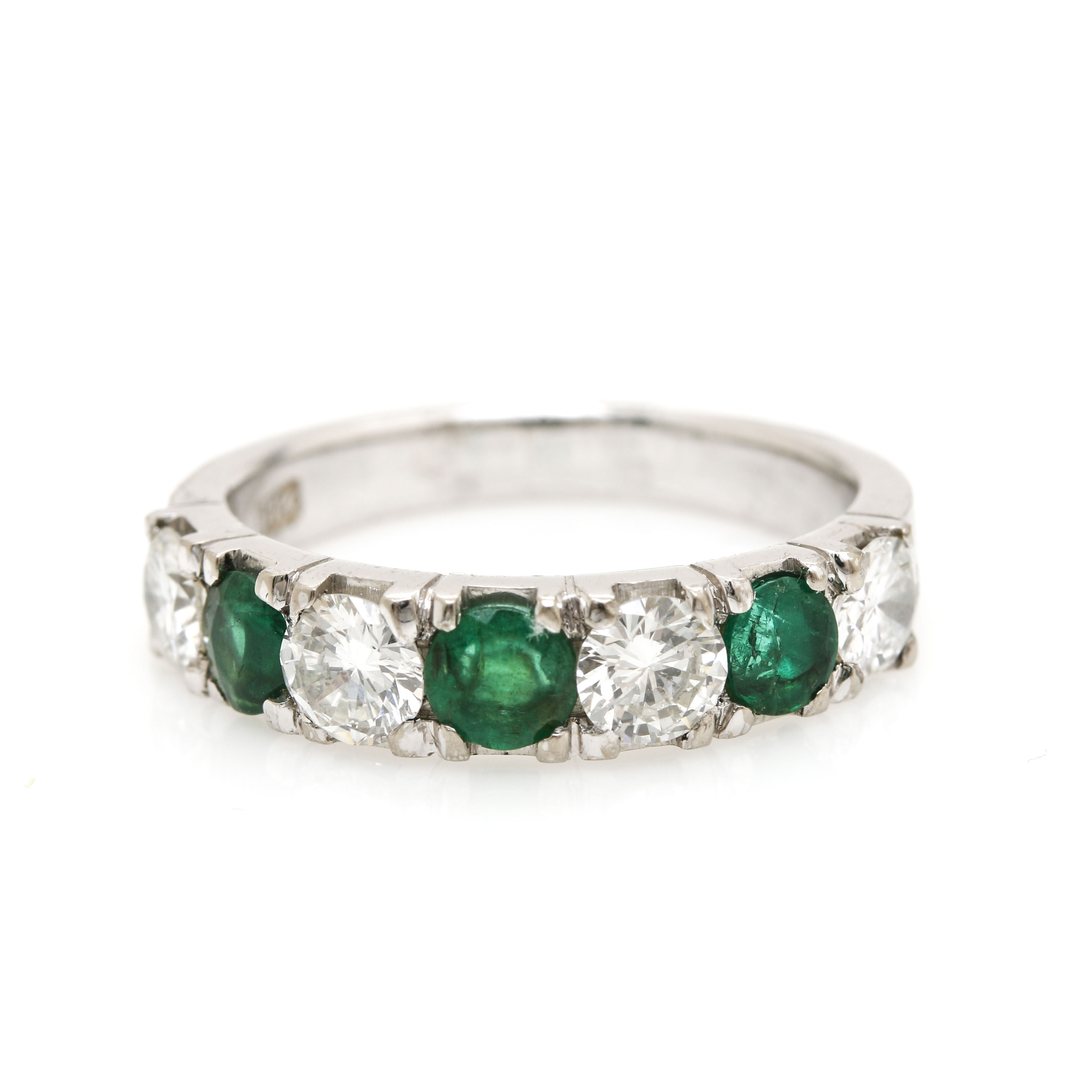 18K White Gold Diamond and Emerald Ring