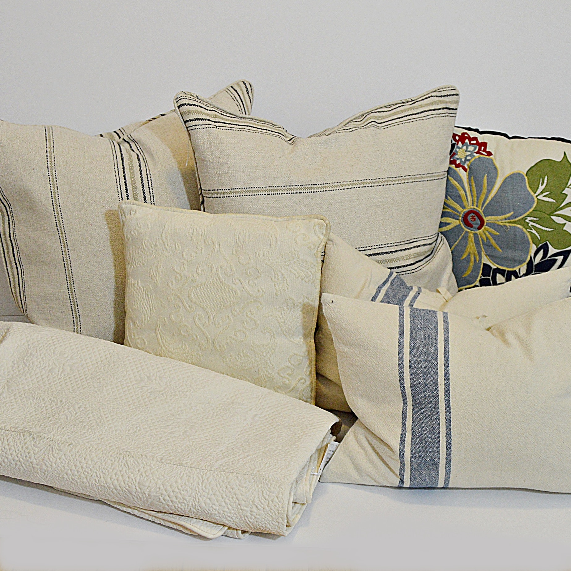 Natural Linen Pillows, Queen Matelassé Coverlet