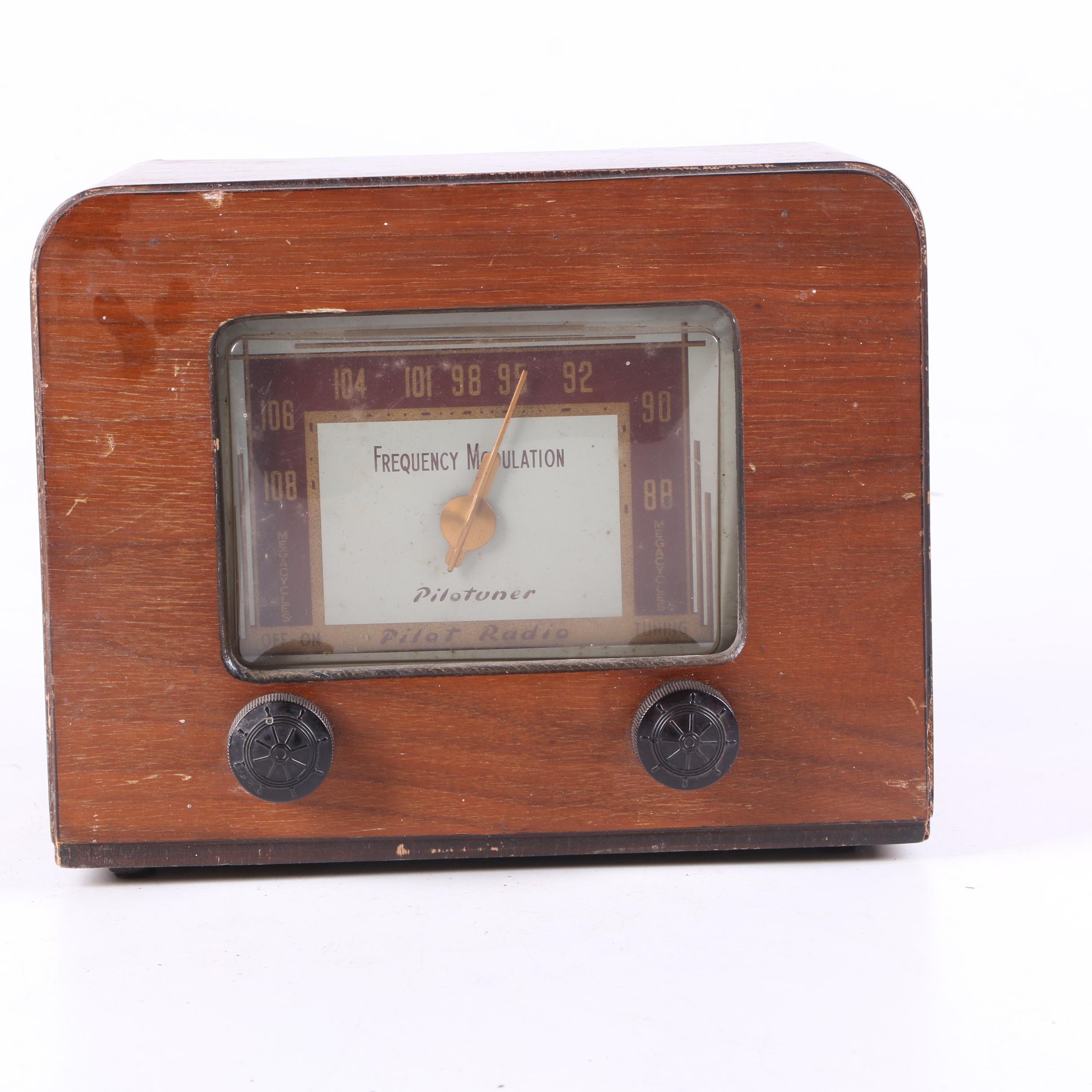 1947 Pilotuner T601 FM Radio Tuner
