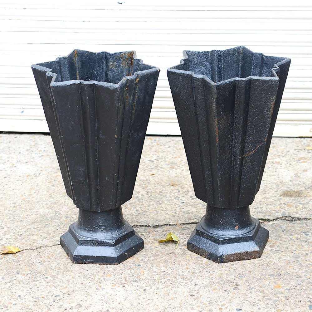 Pair of Star Shaped Planters