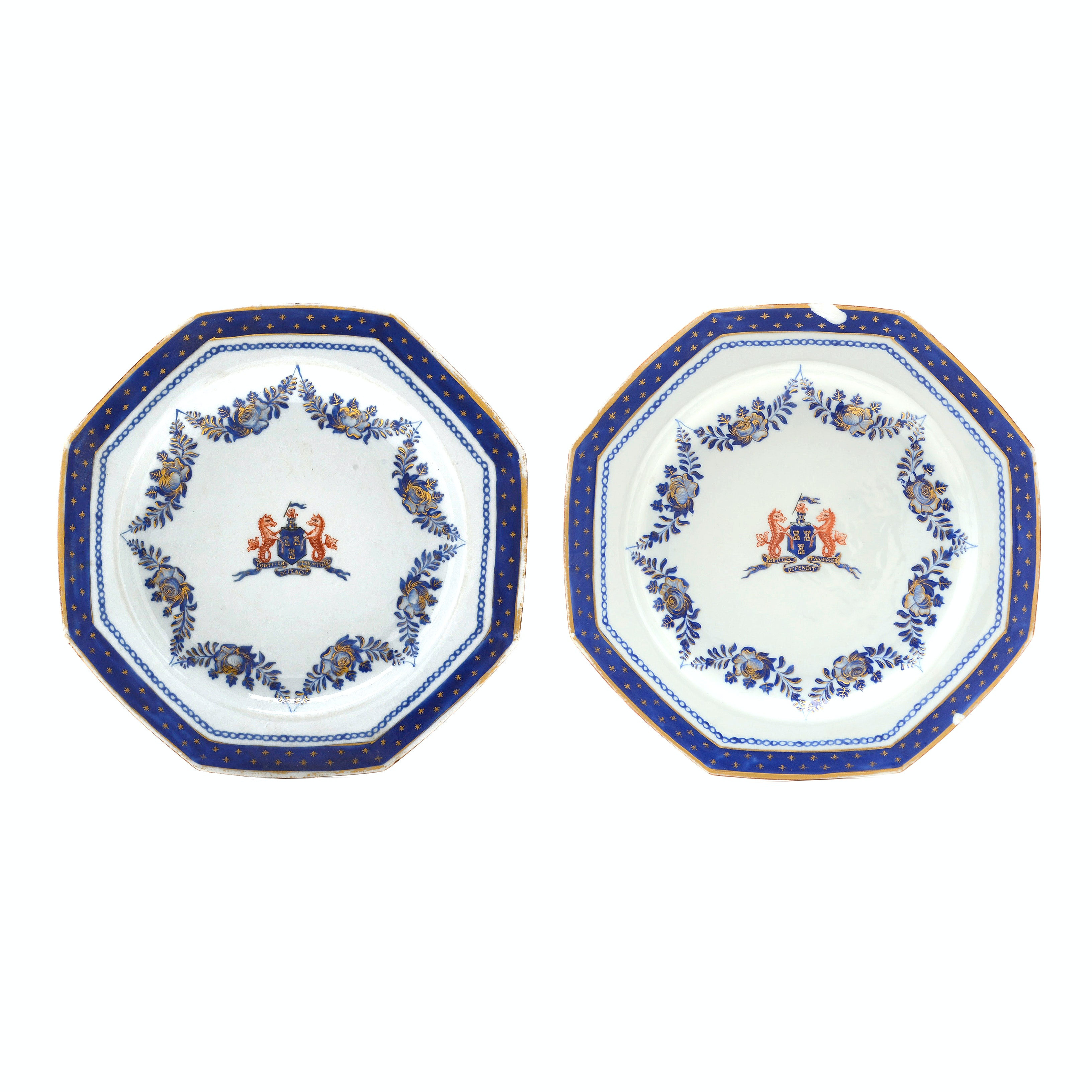 Pair of Chinese Qing Dynasty Newcastle-upon-Tyne Armorial Export Plates