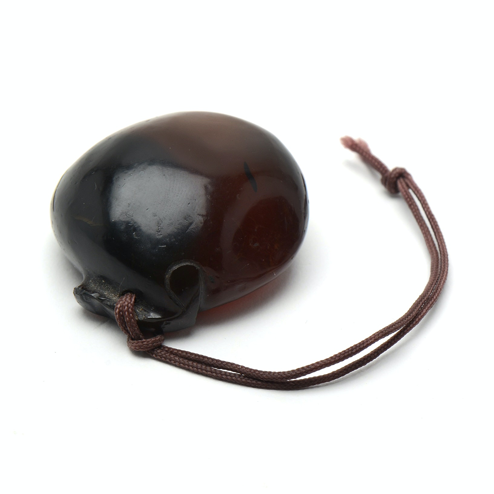 Qing Dynasty Chinese Carved Agate Pebble Form Toggle