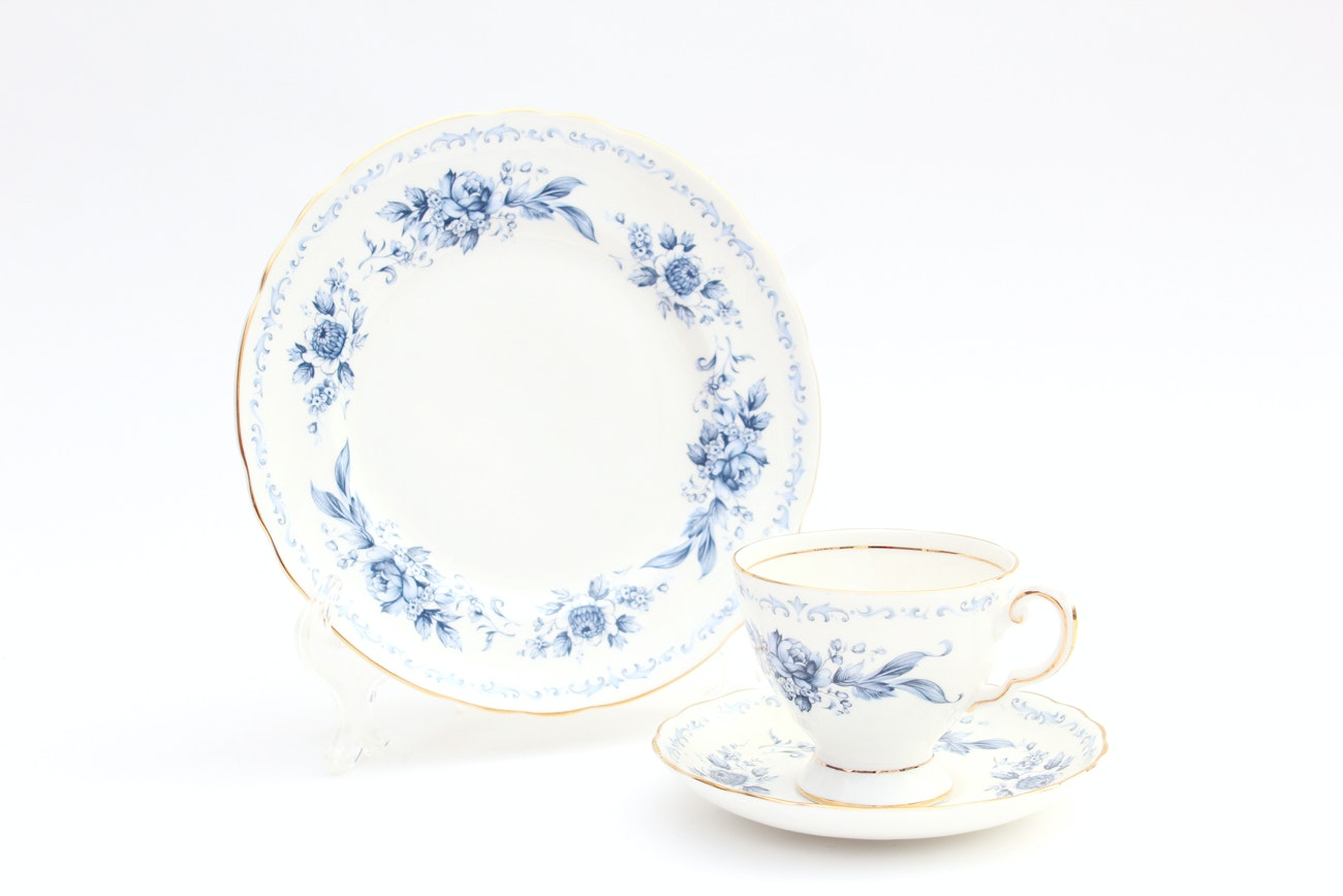 """Royal Tuscan """"Blue Chelsea"""" Dishes"""