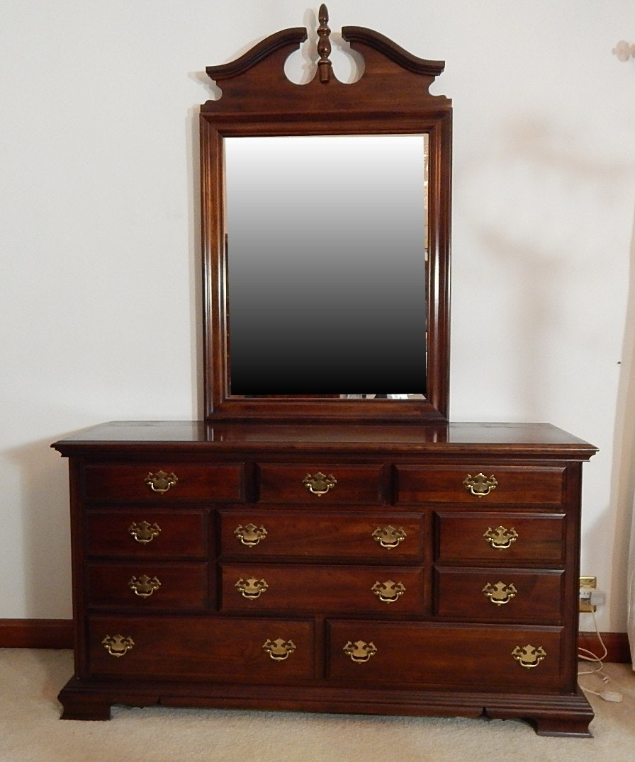 Kincaid Solid Cherry Dresser with Mirror