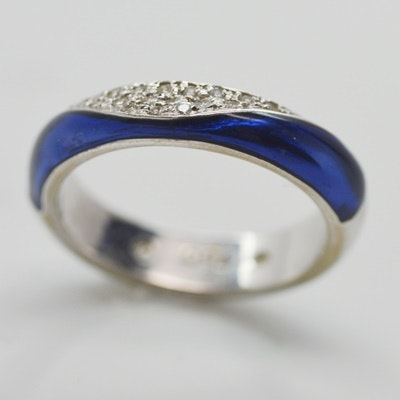 18K White Gold Diamond and Enamel Ring