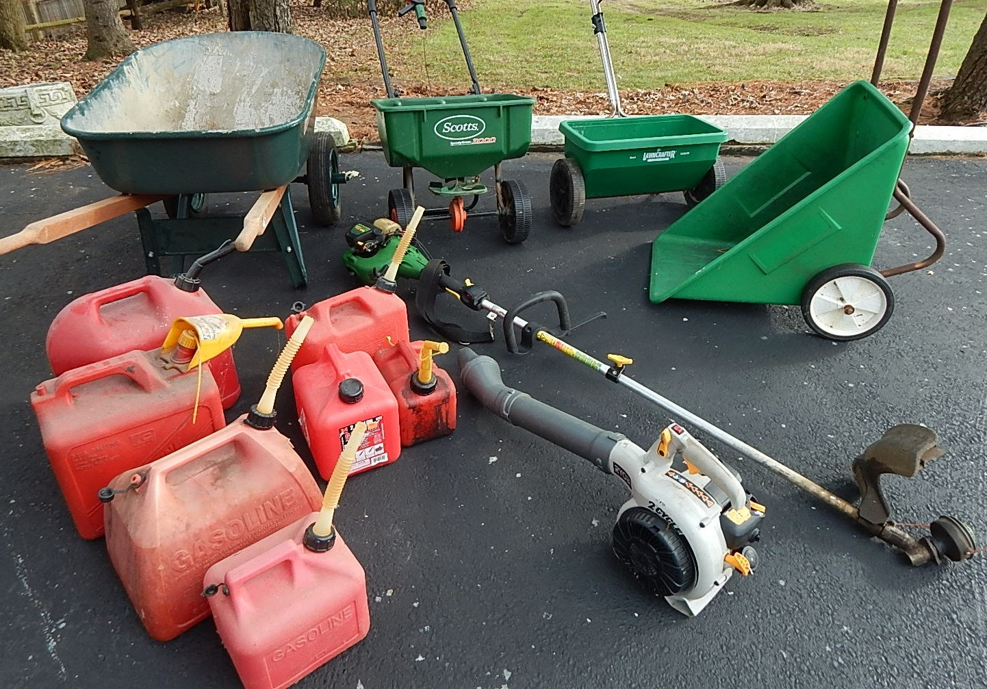 Lawncare Equipment