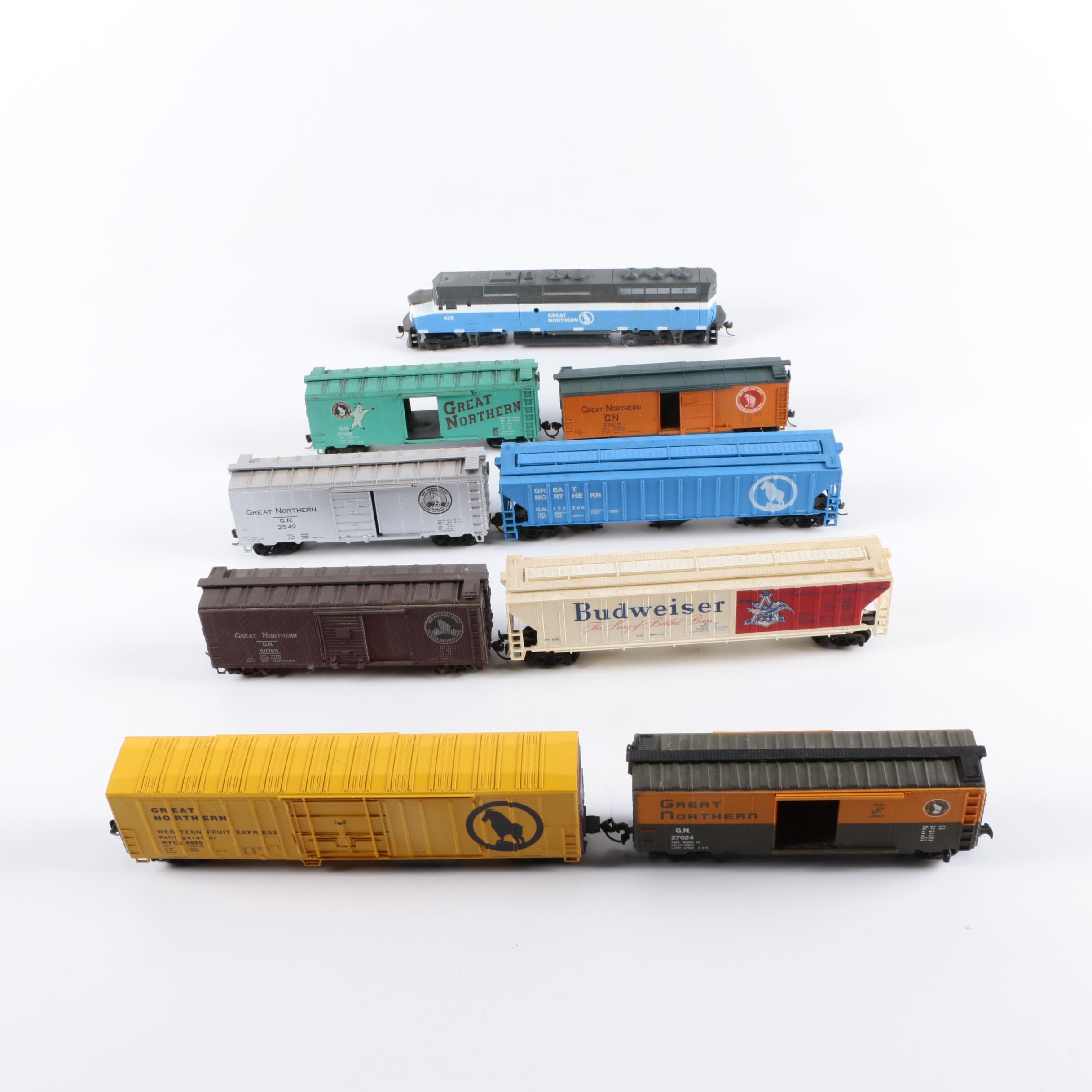 Assorted HO and N Scale Train Cars Including Atlas