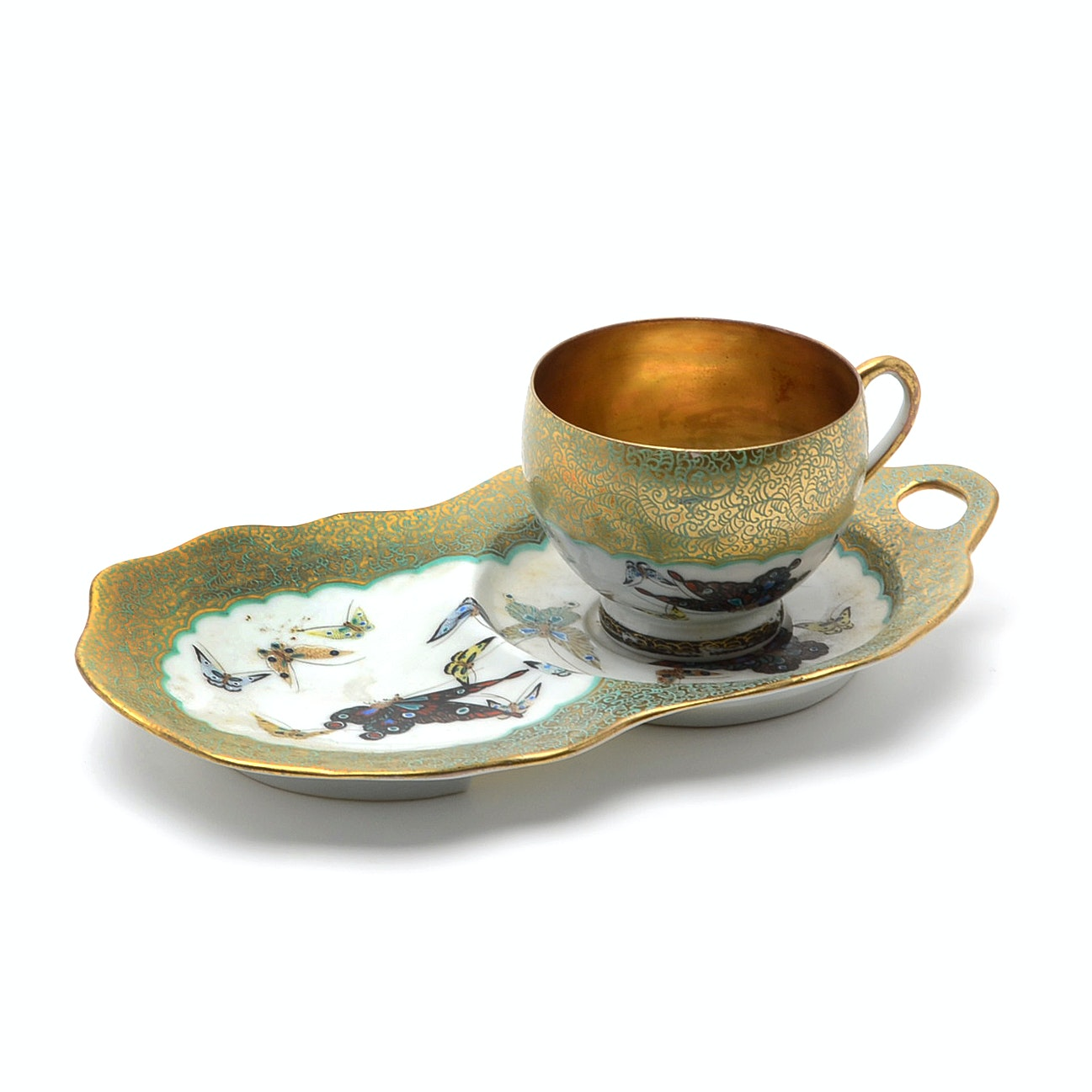 Early 20th Century Japanese Porcelain Hand-Painted Tea Cup and Snack Plate