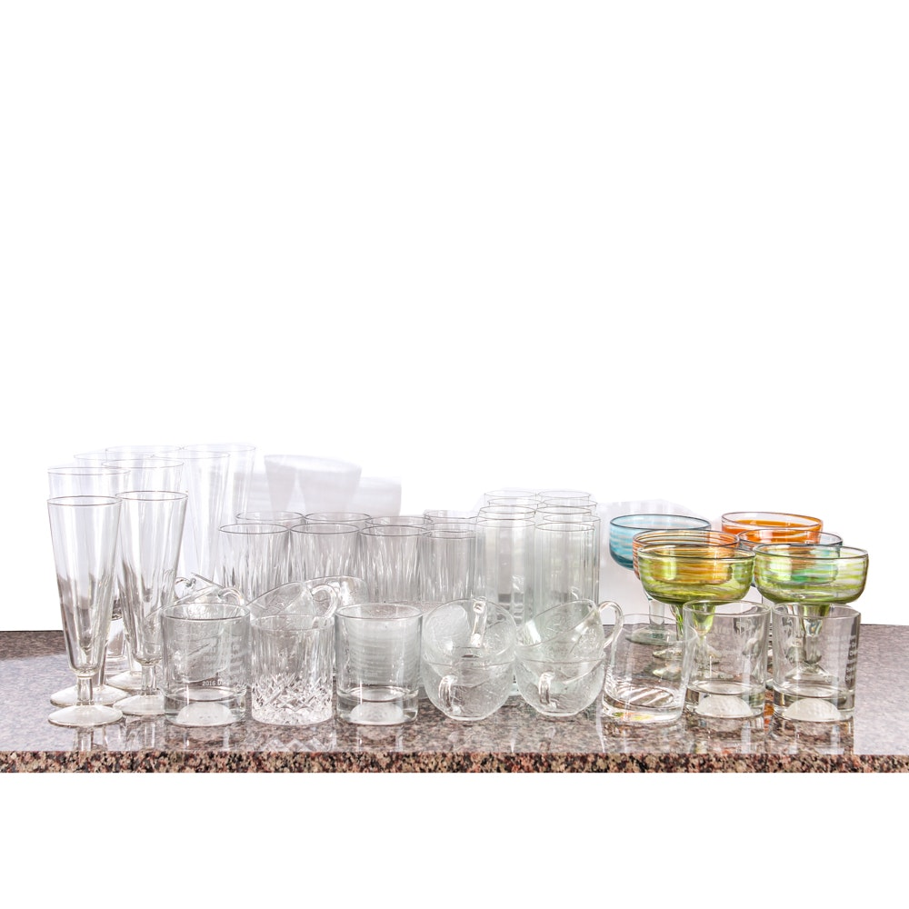 Charming Contemporary Glass Barware Collection ...