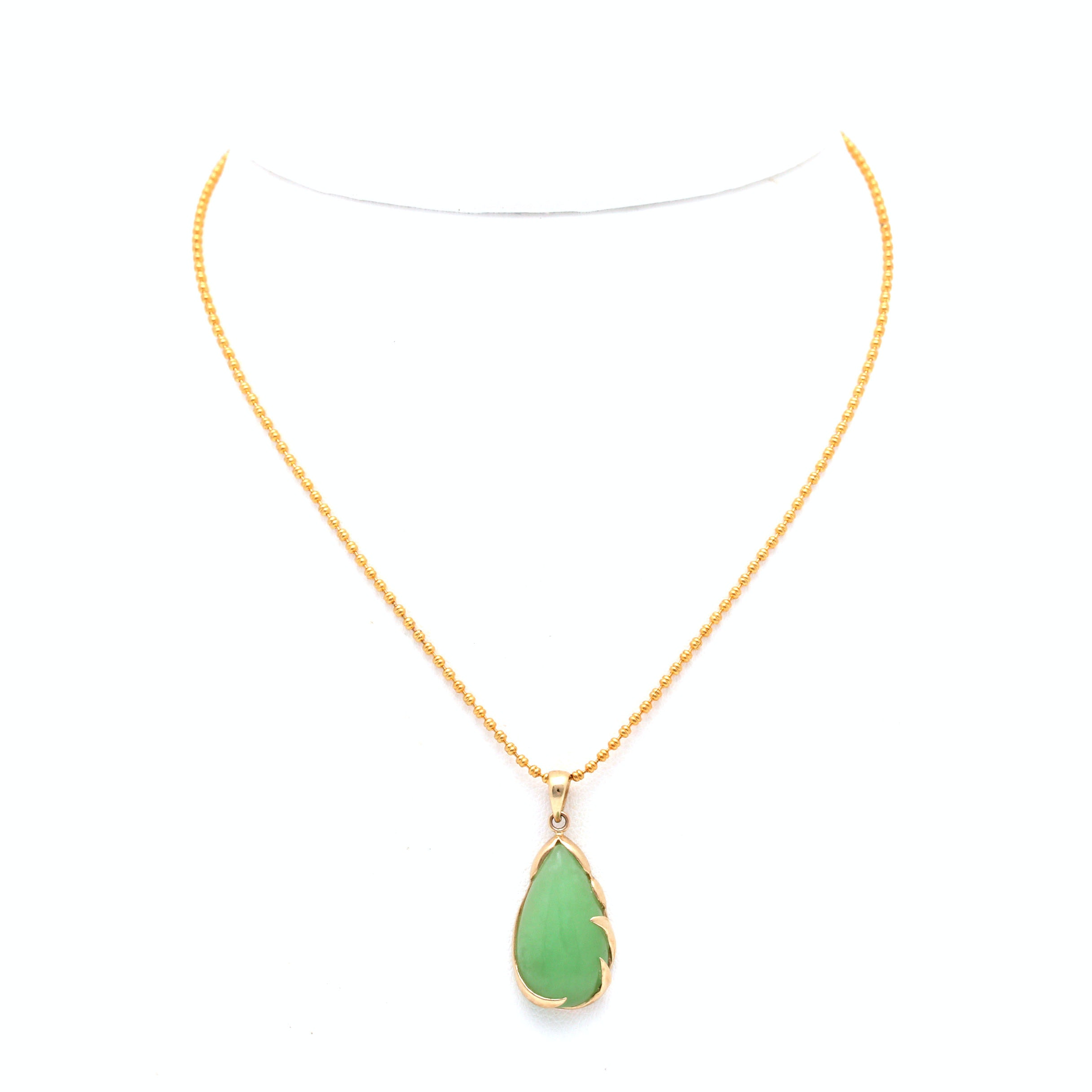 14K Yellow Gold Jadeite Pendant Necklace