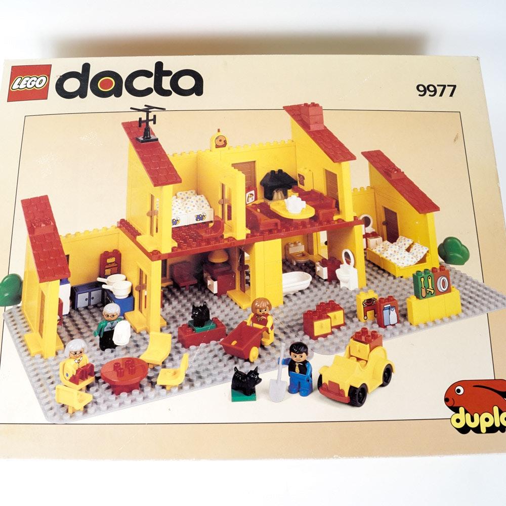 """1992 Lego """"Dacta"""" Play House 9977"""