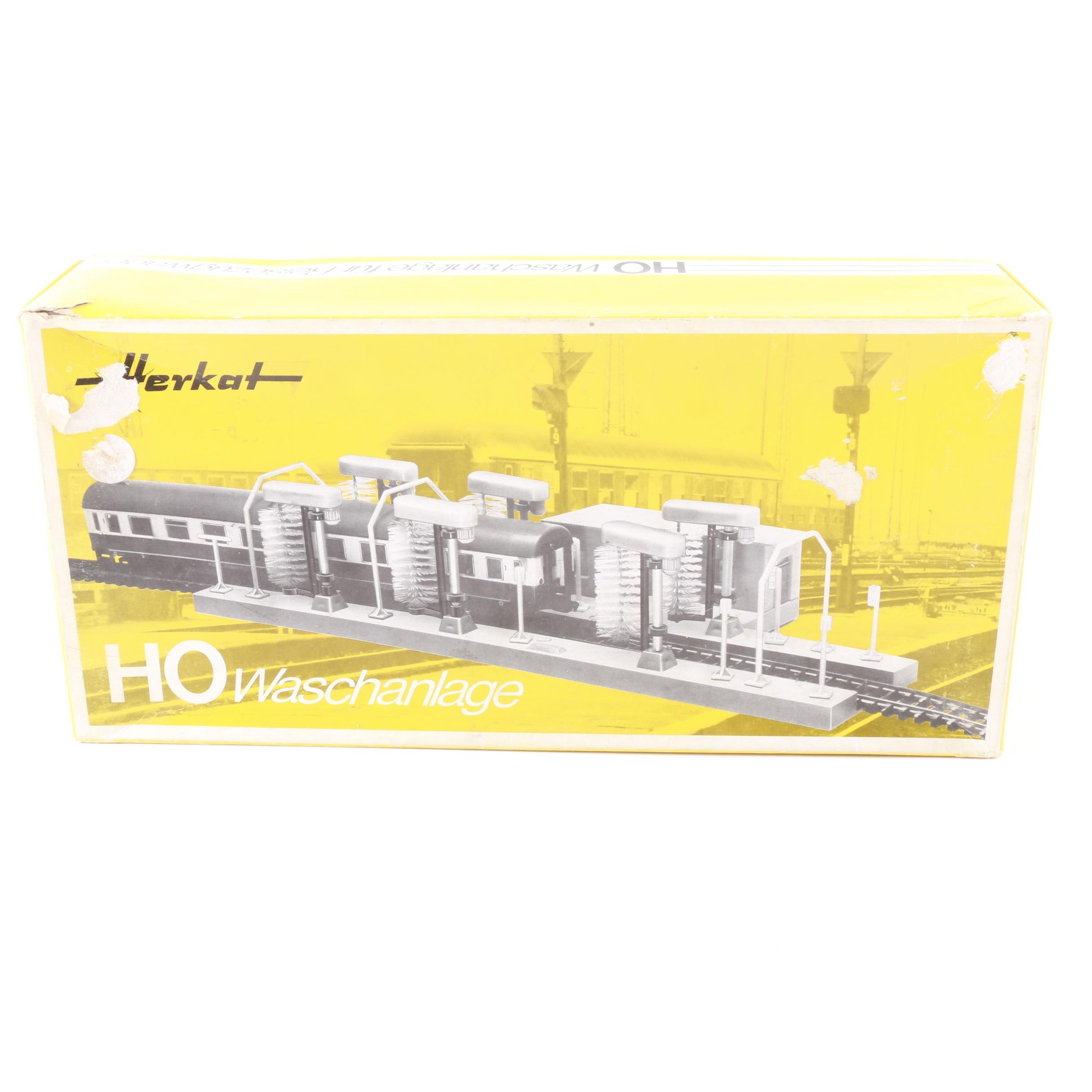 German Herkat HO Scale Washing Station