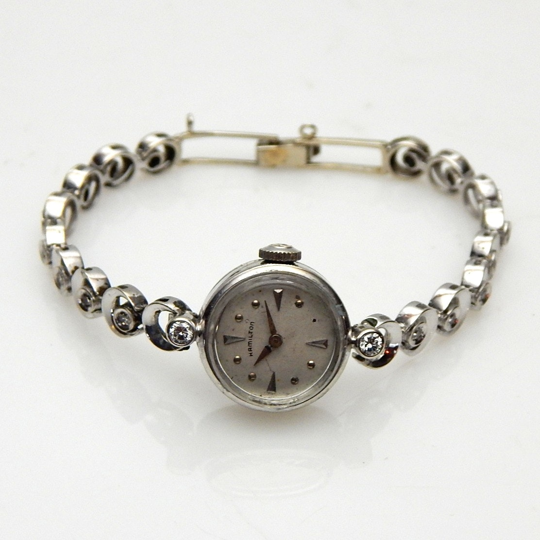 14K White Gold Round Diamond Wristwatch