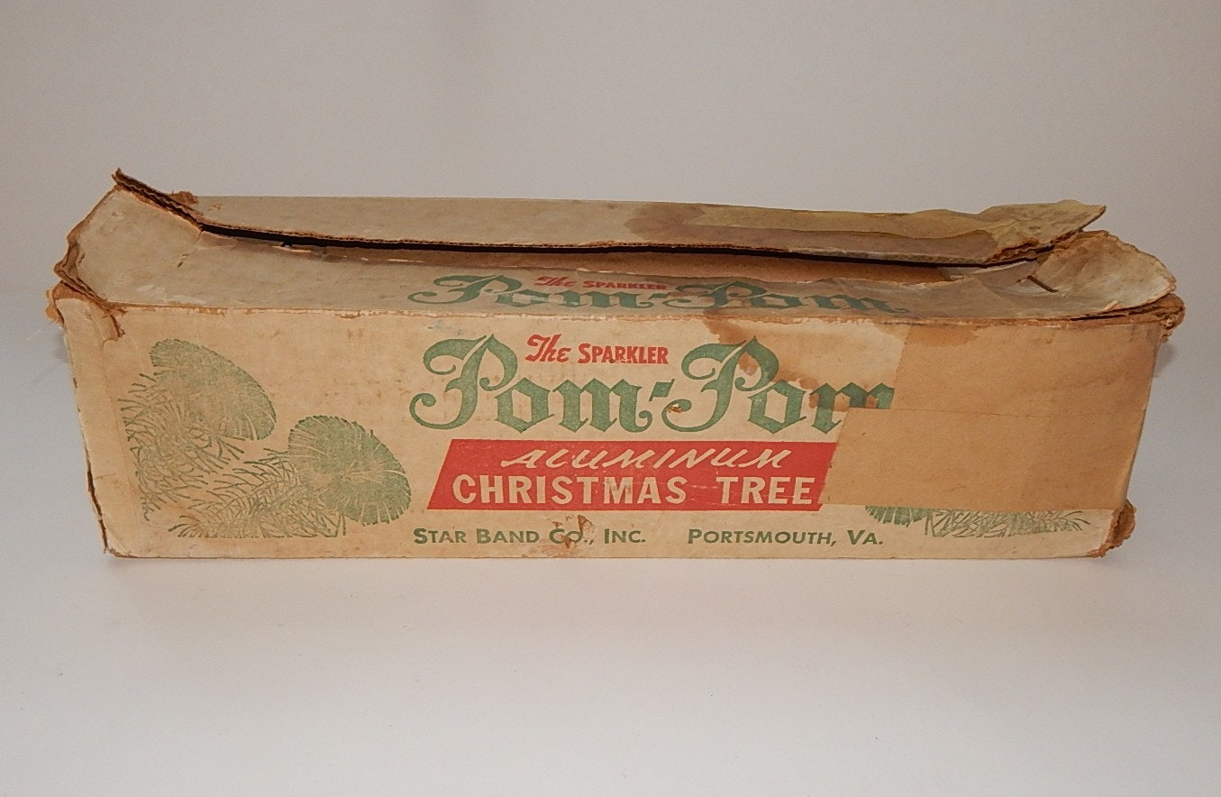 6' Pom Pom Aluminum Christmas Tree