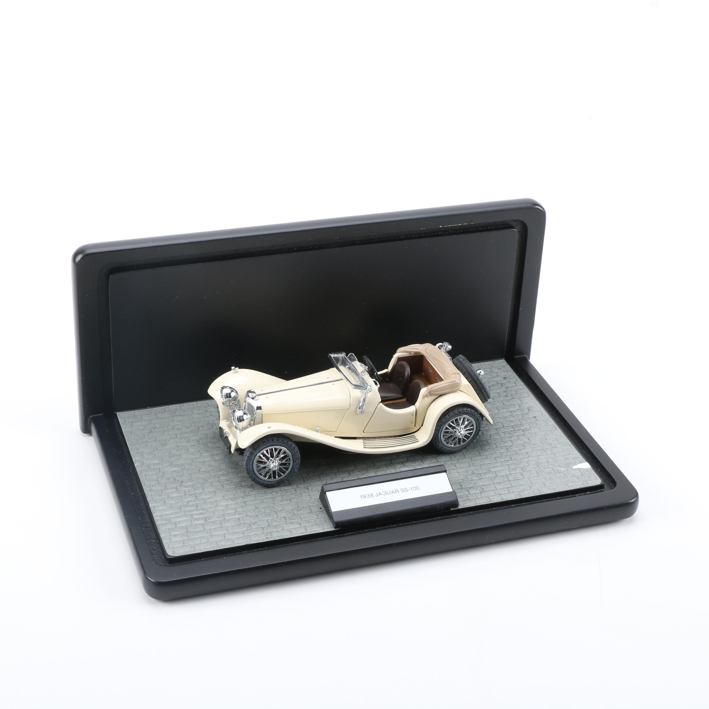 Franklin Mint 1938 Jaguar SS-100 Roadster Die-Cast Car