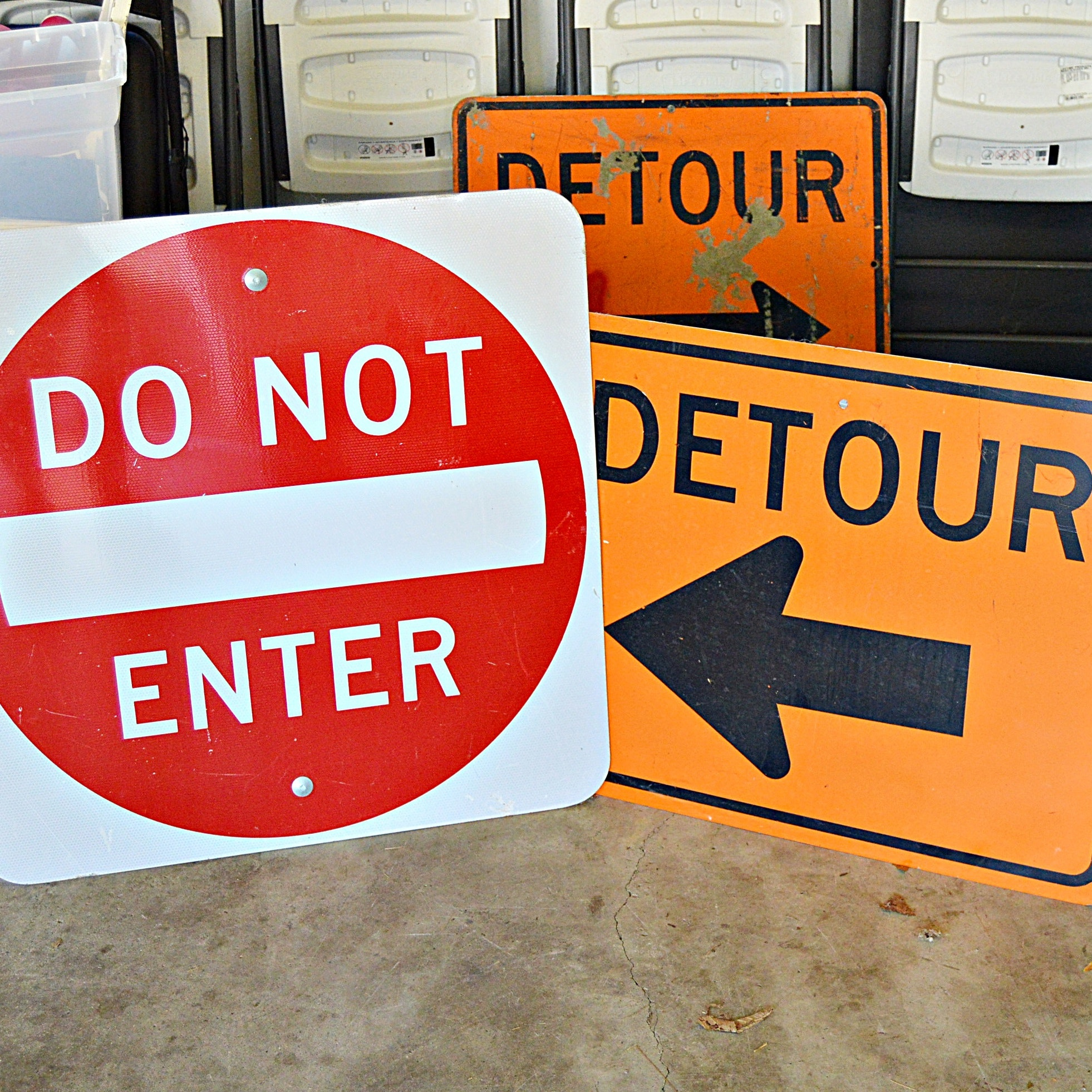 Enameled Metal Road Construction Signs