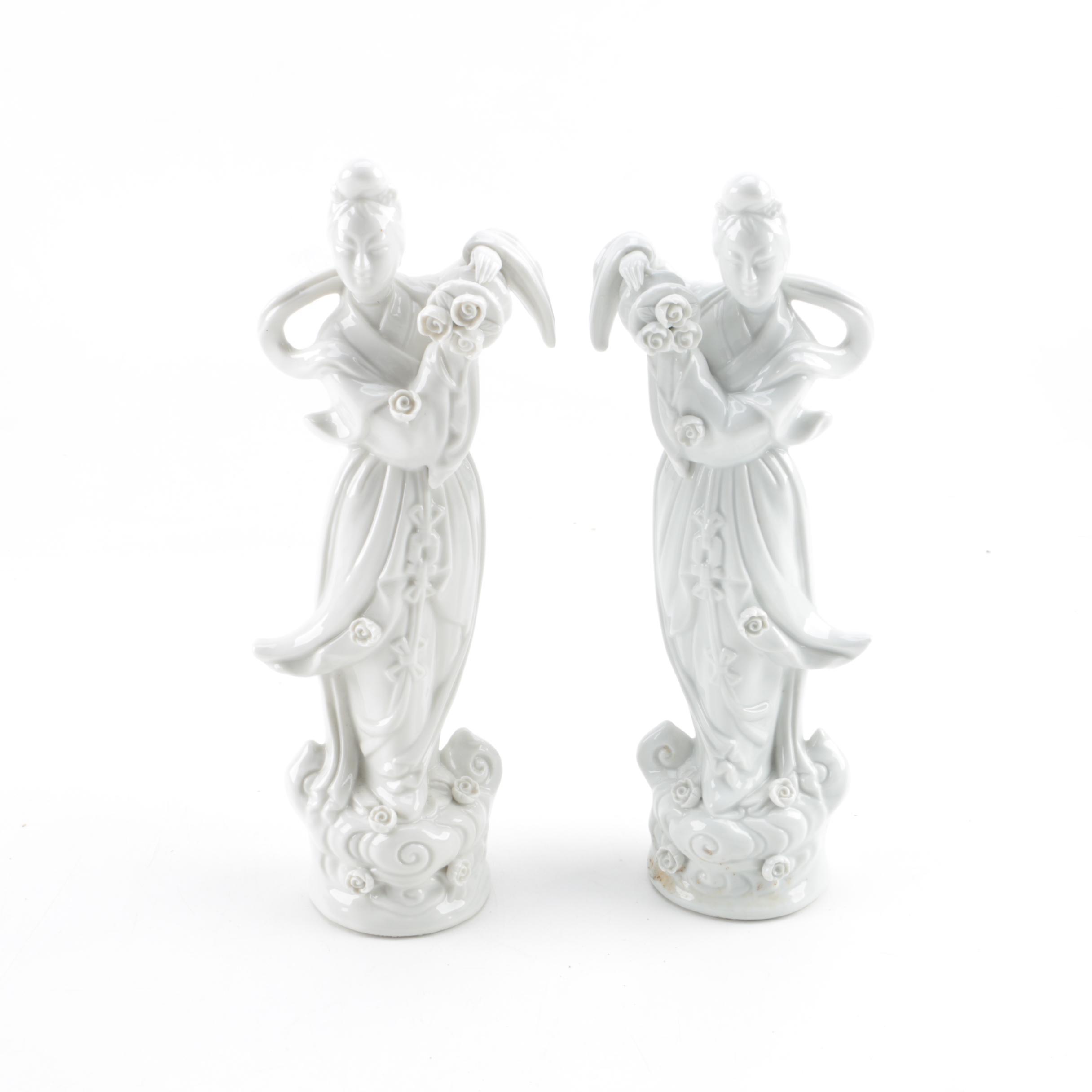 Pair of Chines Blanc-de-Chine Women Figurines