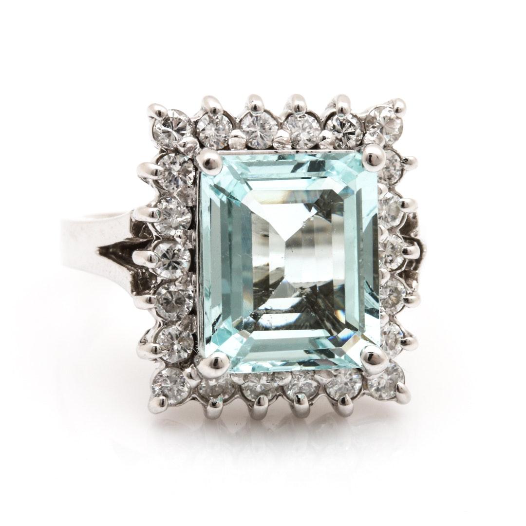14K White Gold 3.35 CT Aquamarine and Diamond Ring
