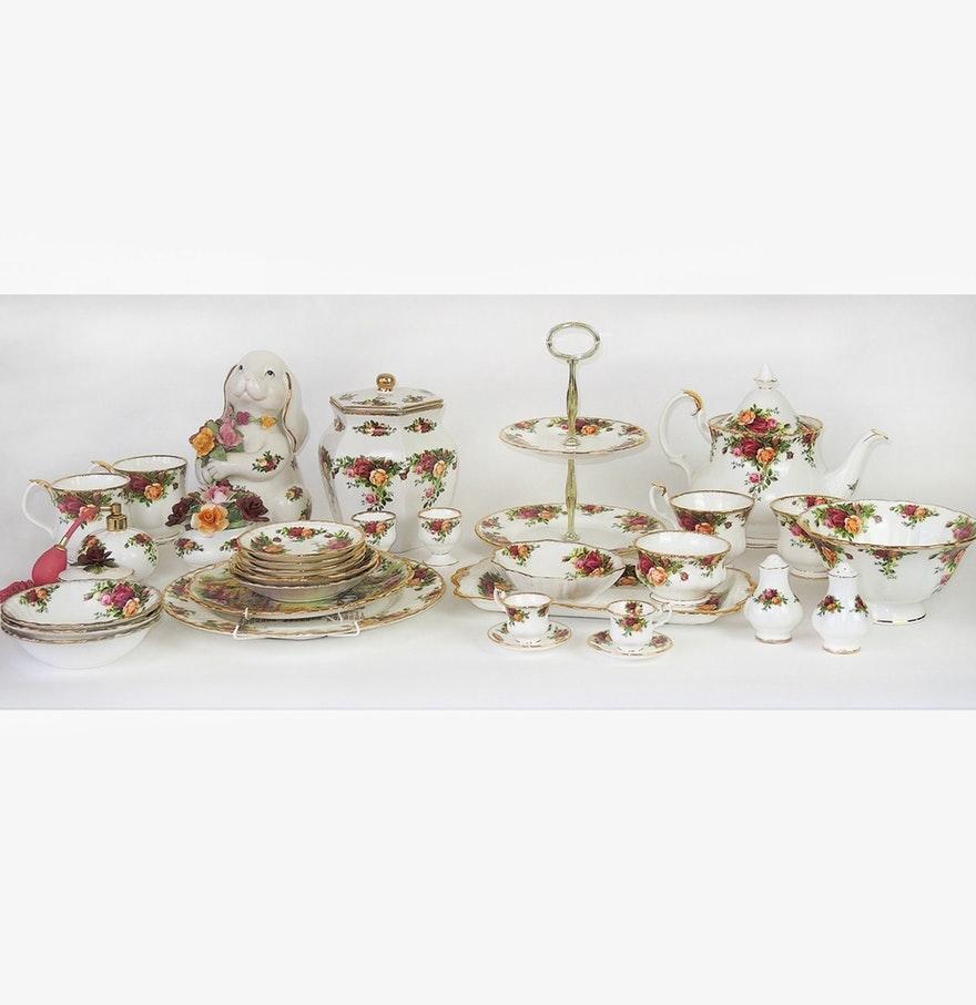 """Royal Albert """" Old Country Roses"""" Bone China Dinnerware"""