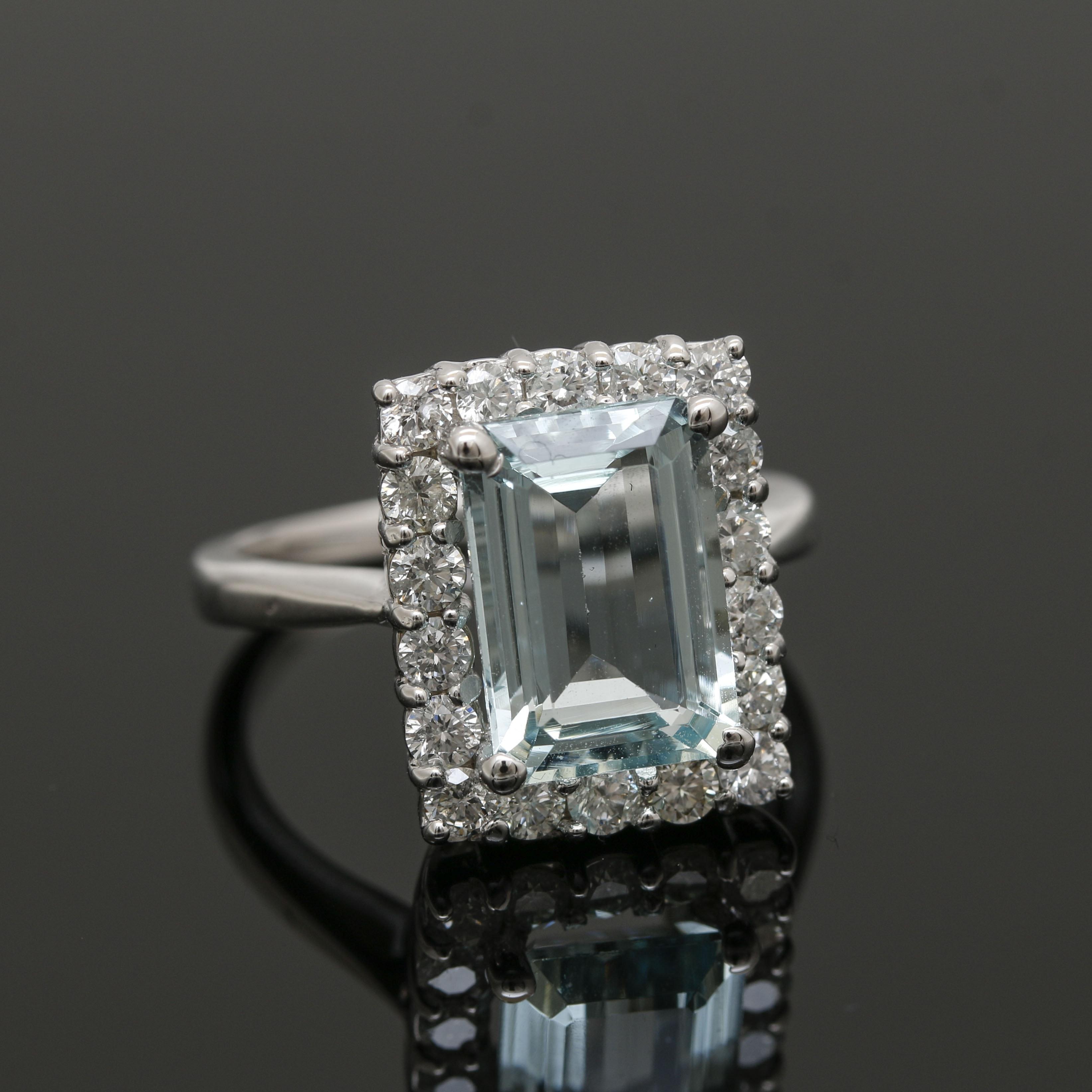 14K White Gold 2.95 CT Aquamarine and Diamond Ring