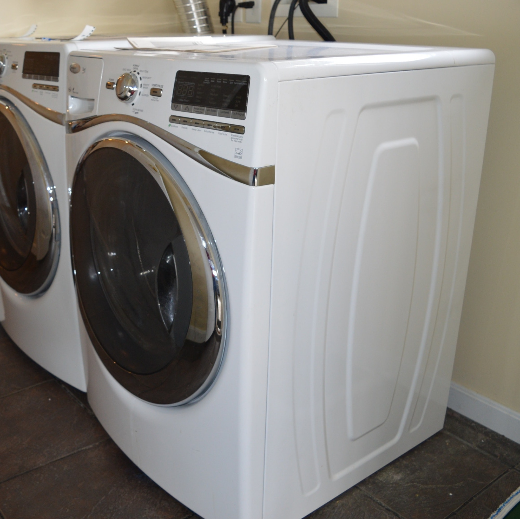 Whirlpool Duet Front Loading Automatic Washer