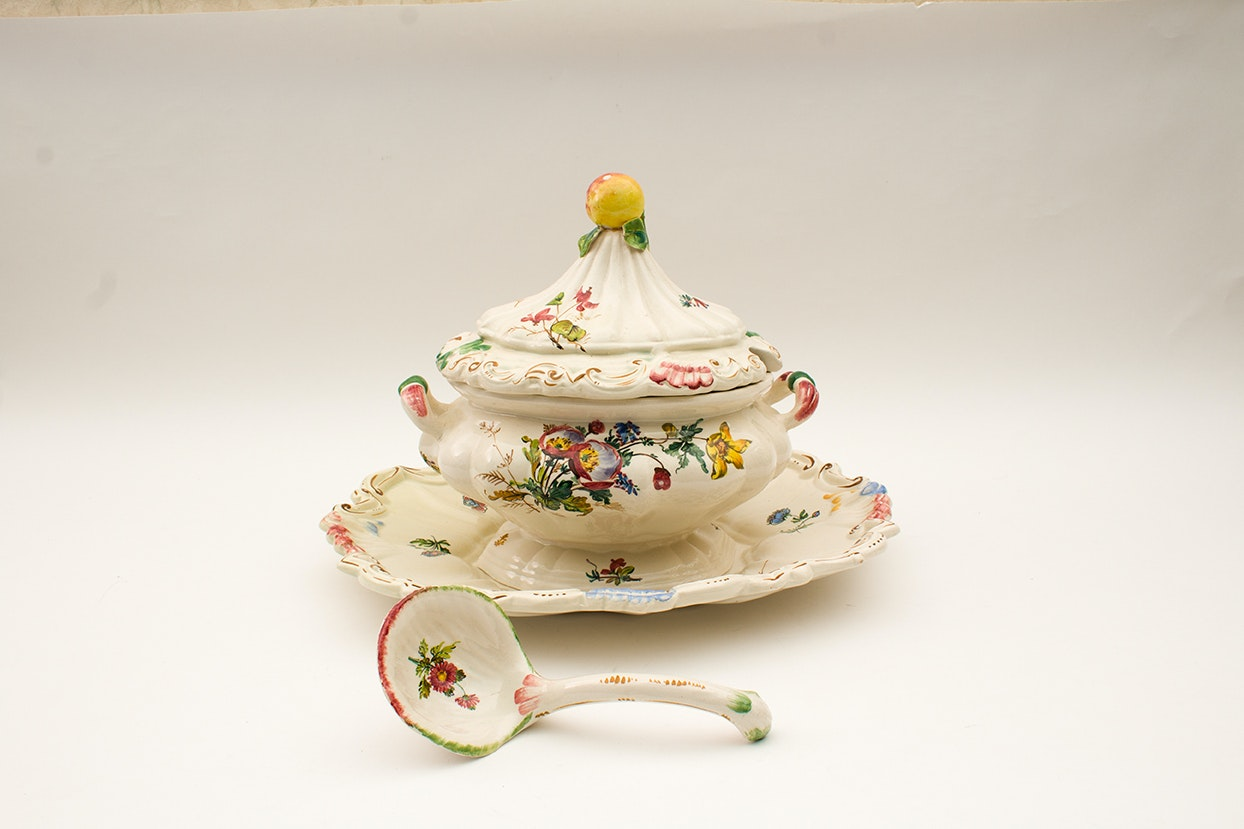 Vintage Hand Painted Italian Soup Tureen