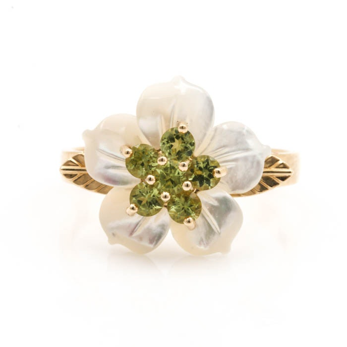 14K Yellow Gold Peridot and Mother of Pearl Floral Ring
