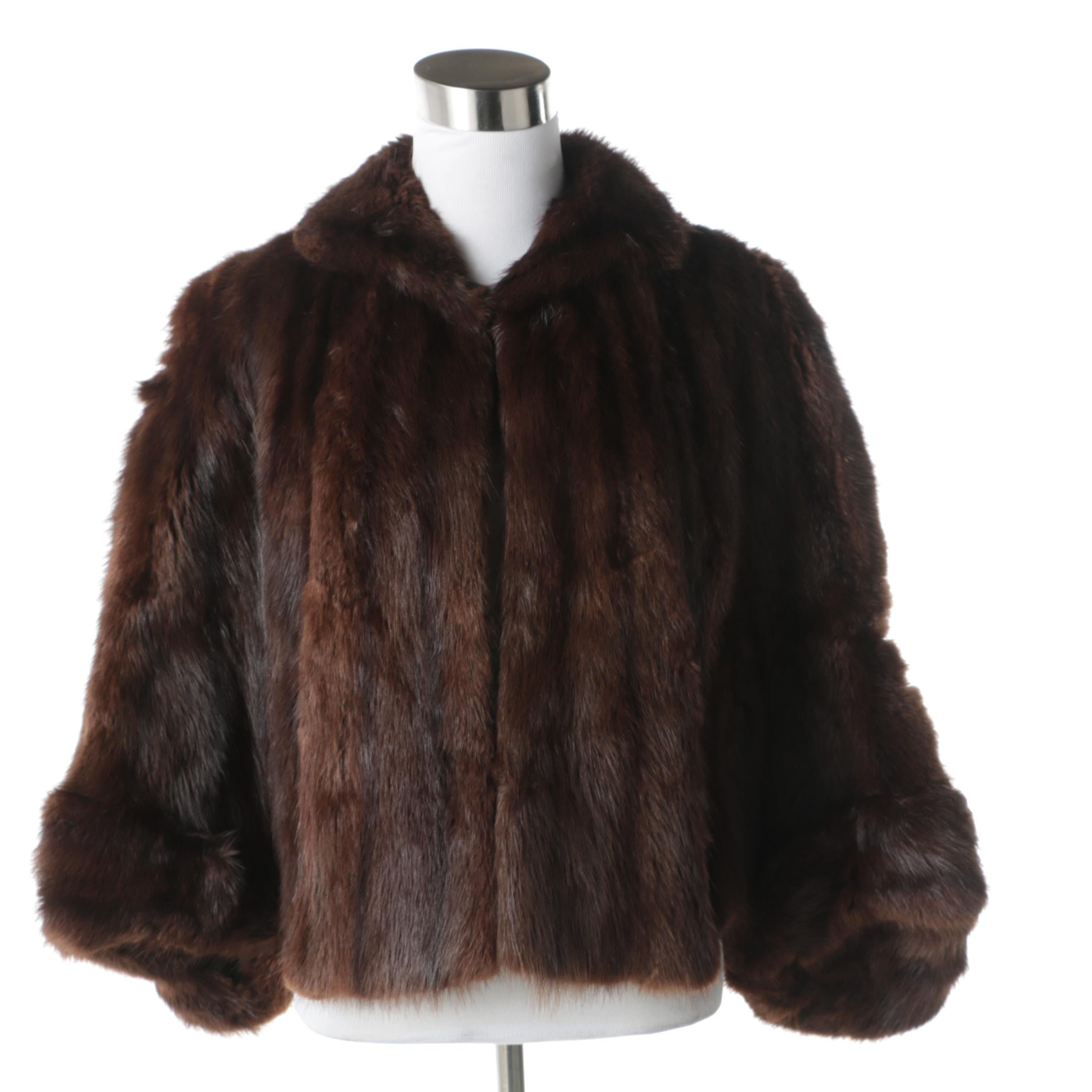 Women's Dyed Mahogany Squirrel Fur Stole