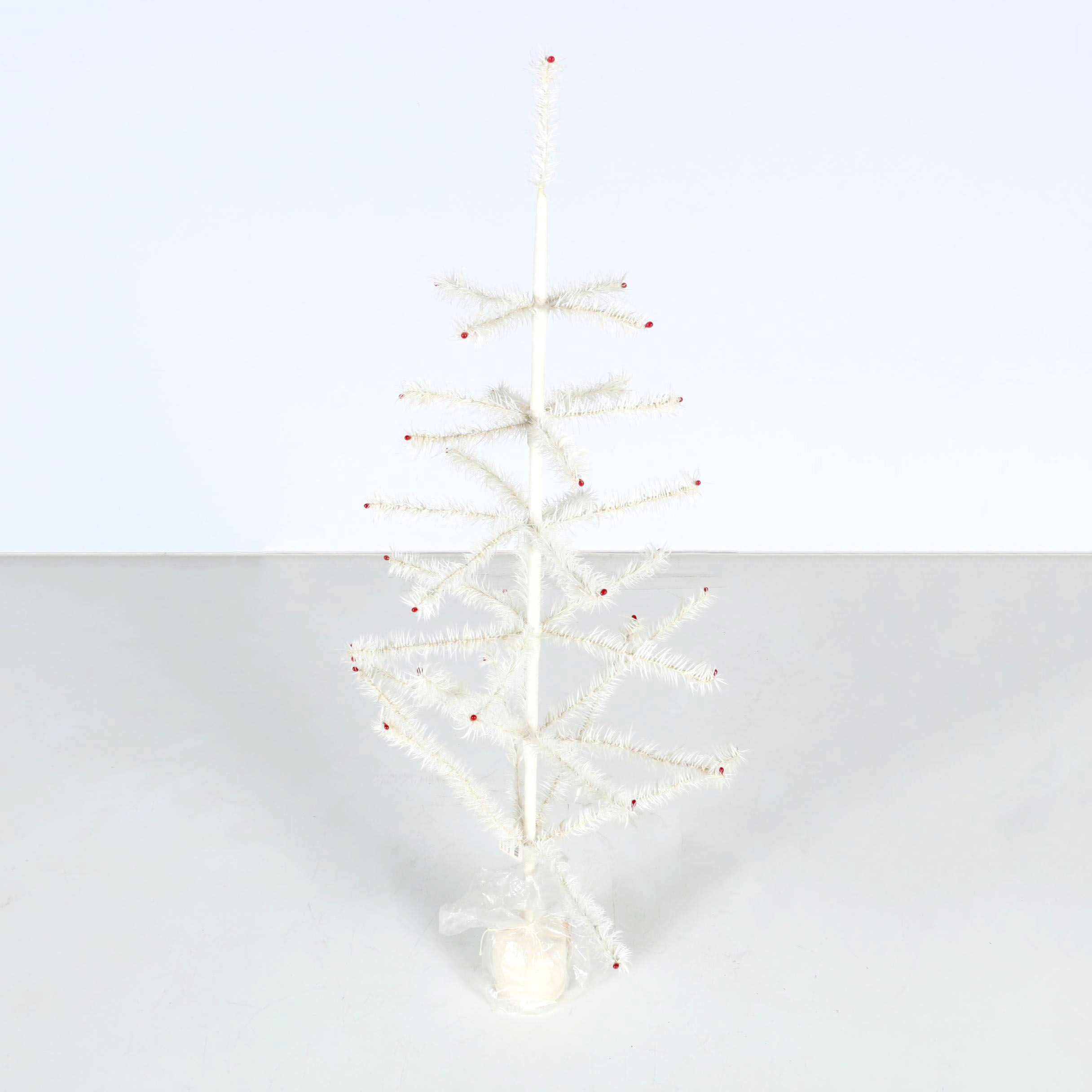 """White Feather Tree' Metal Christmas Tree"
