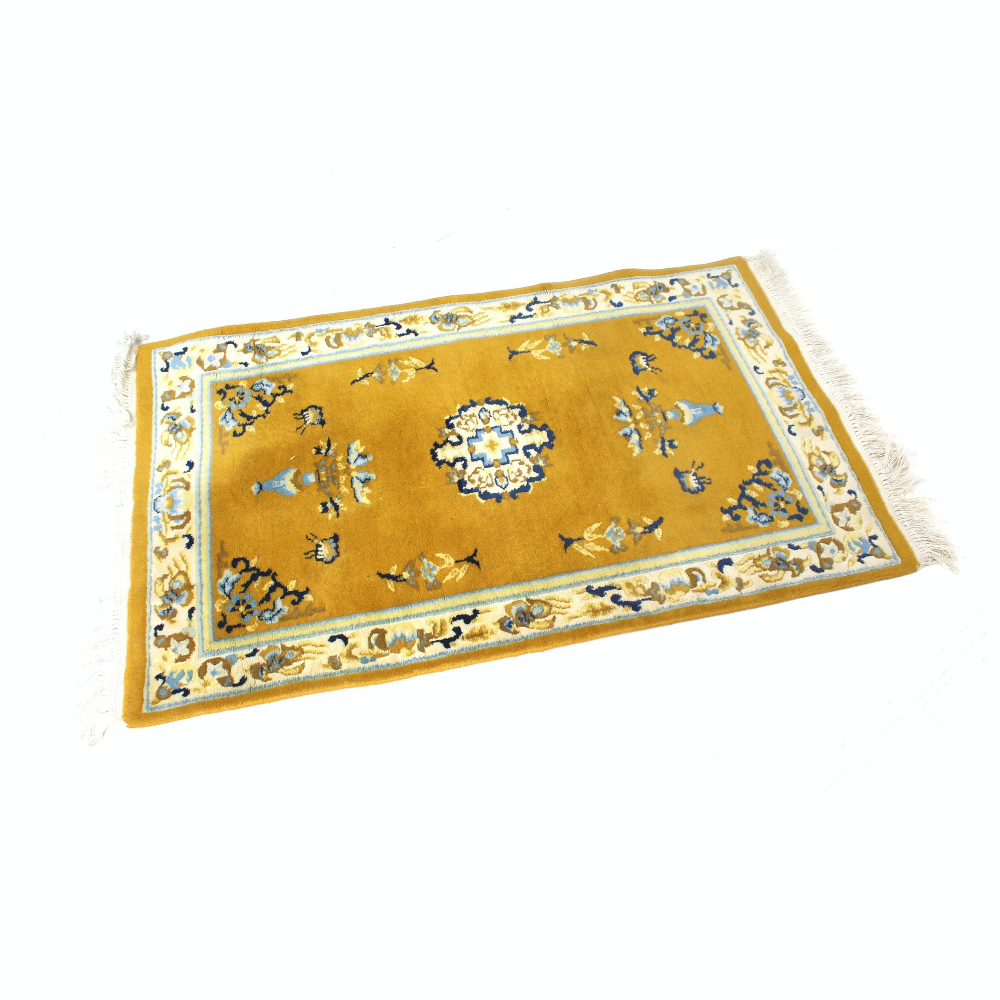 Chinese Style Sculpted Accent Rug