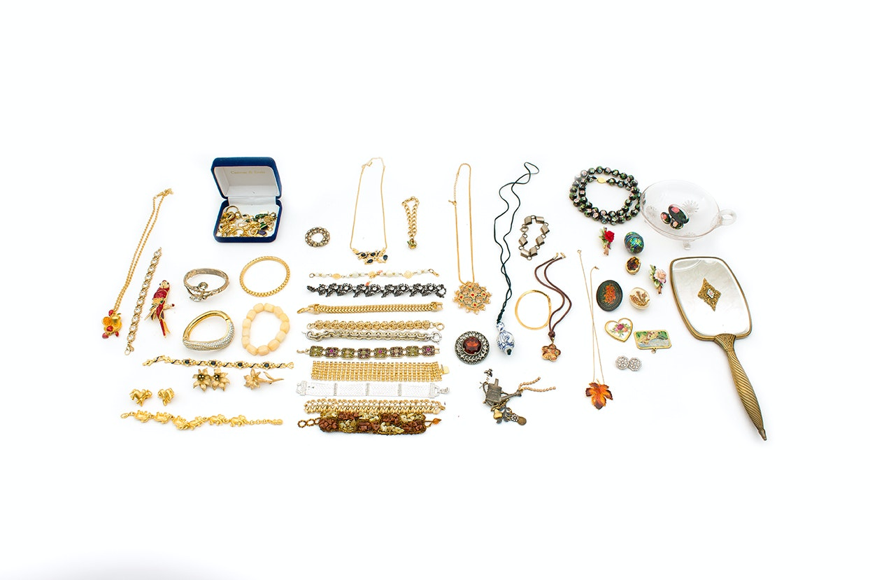 Vintage Style Jewelry and Accessories