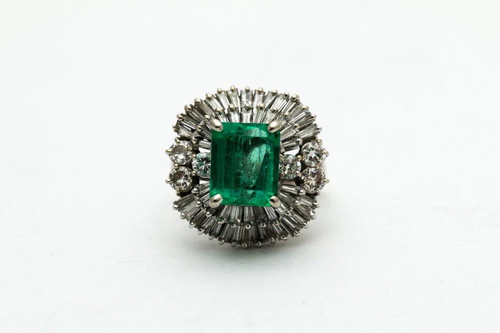 18K White Gold 2.55 Carat Emerald And Diamond Ring