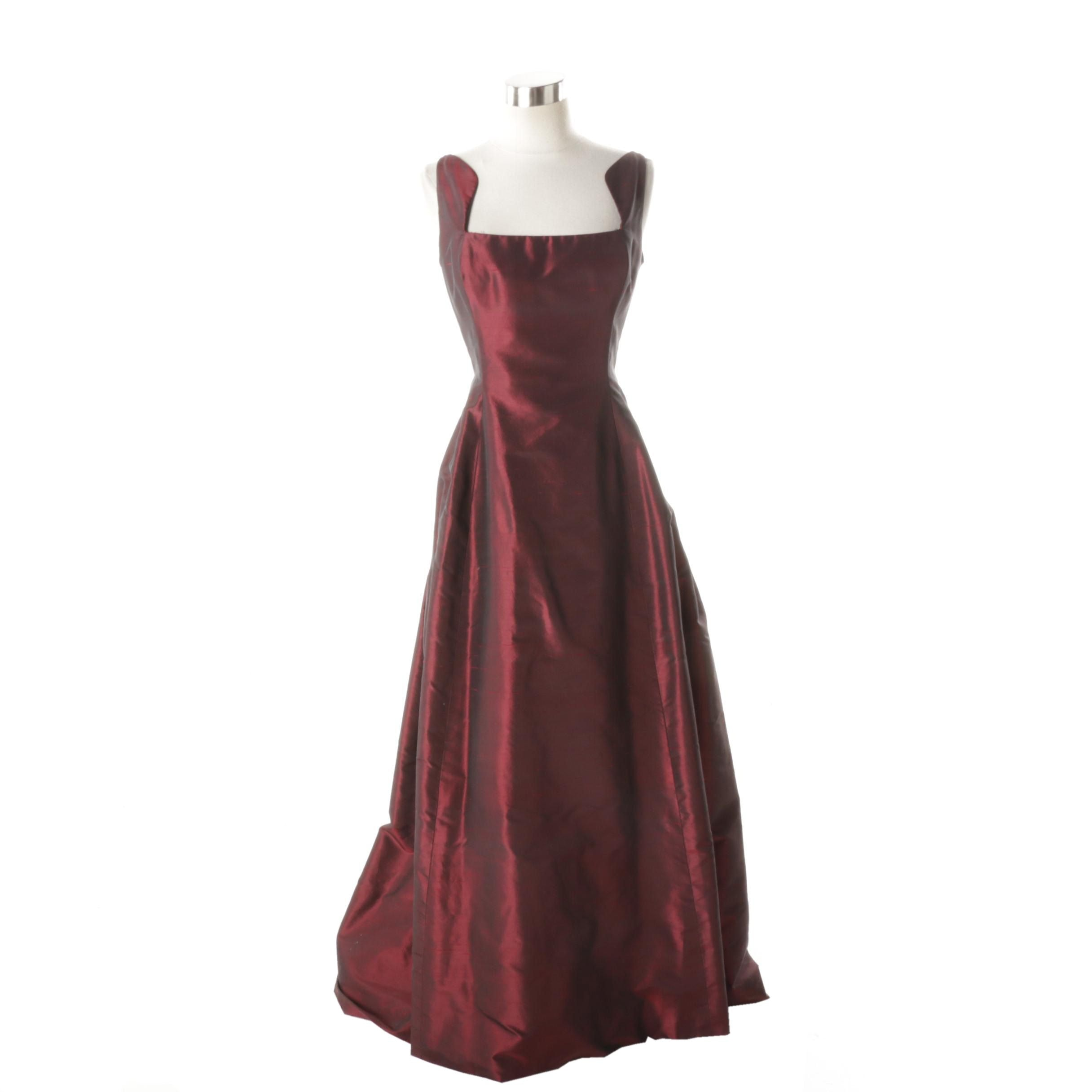 Oscar de la Renta Sleeveless Formal Evening Gown