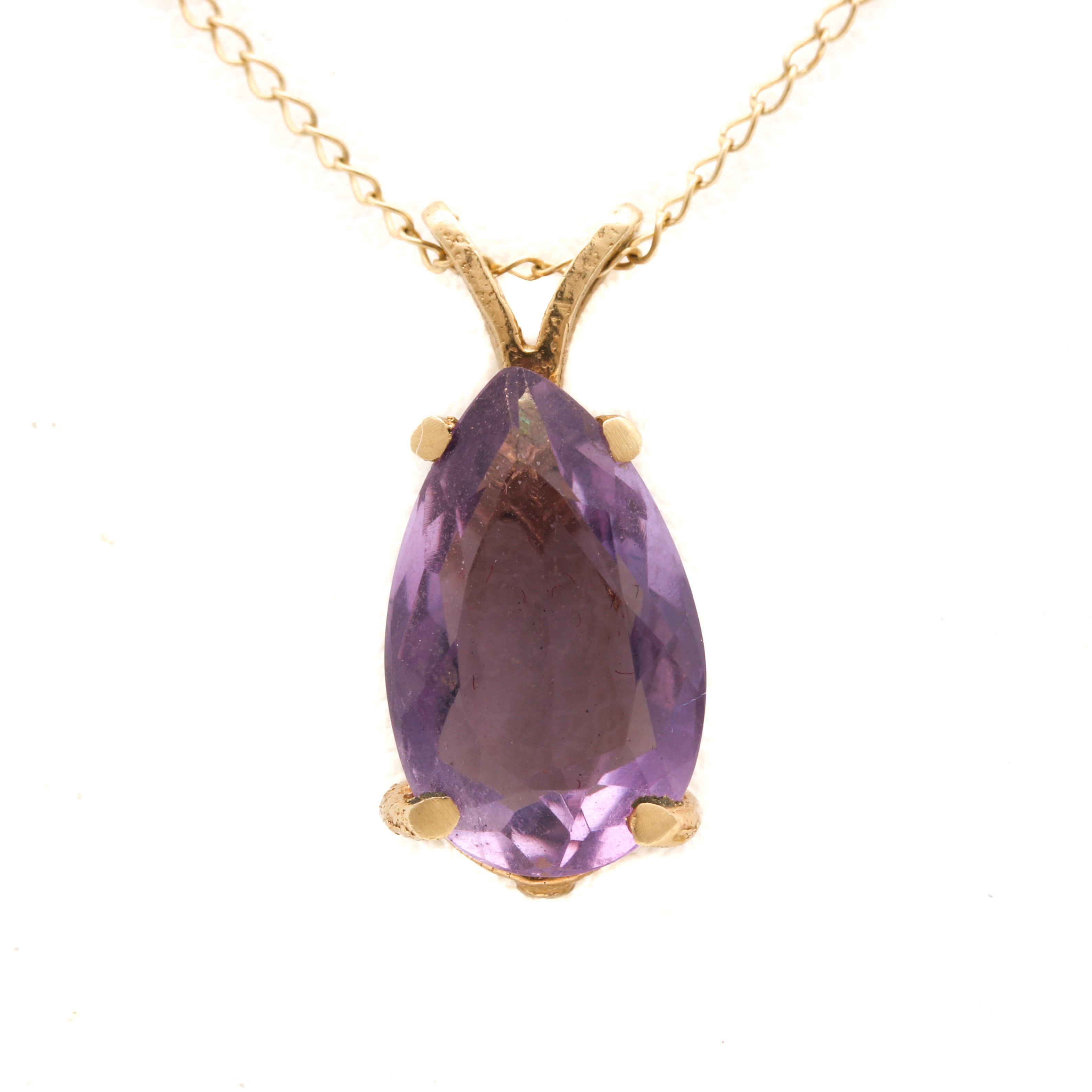 14K Yellow Gold 2.28 CT Amethyst Pendant Necklace