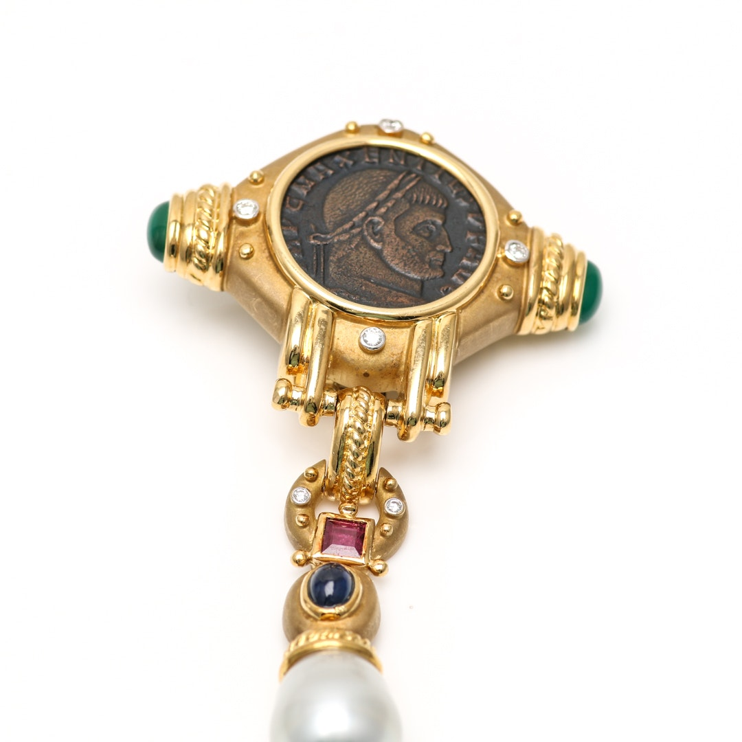 18K Yellow Gold Diamond and Gemstone Sovereign Brooch
