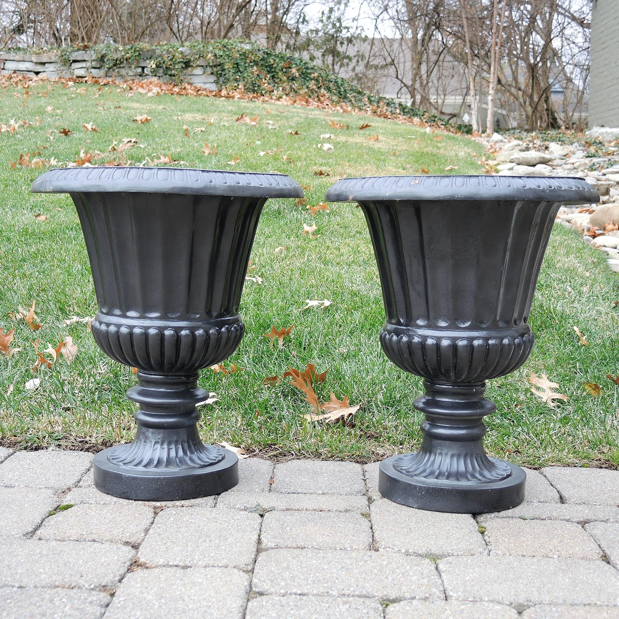 Fiberglass Decorative Garden Urn Planters