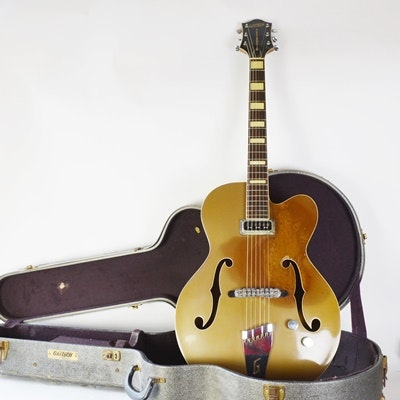Circa 1956 Gretsch Electromatic Streamliner Archtop Hollowbody Guitar With Case
