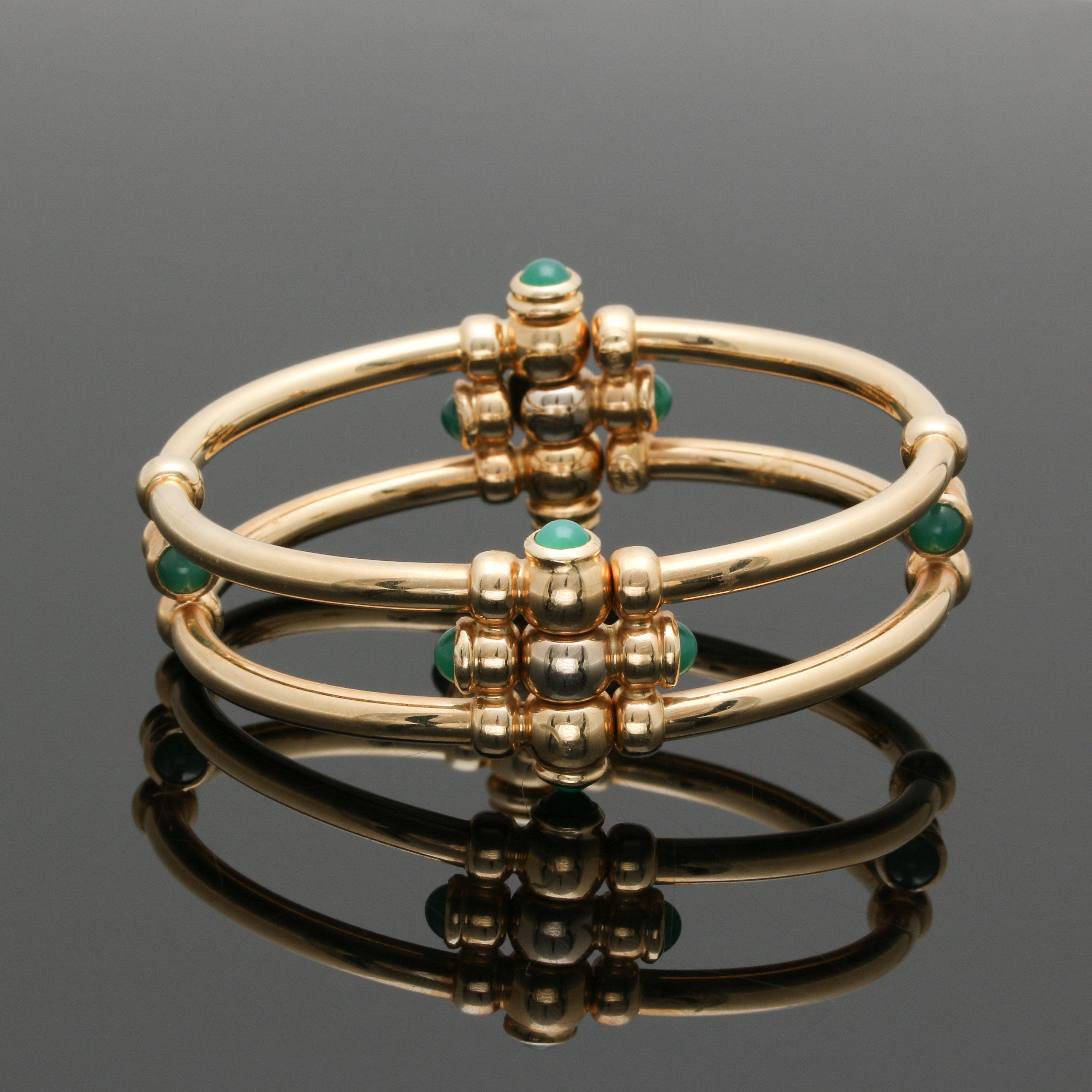 14K Yellow Gold Green Chalcedony Hinged Bangle Bracelet