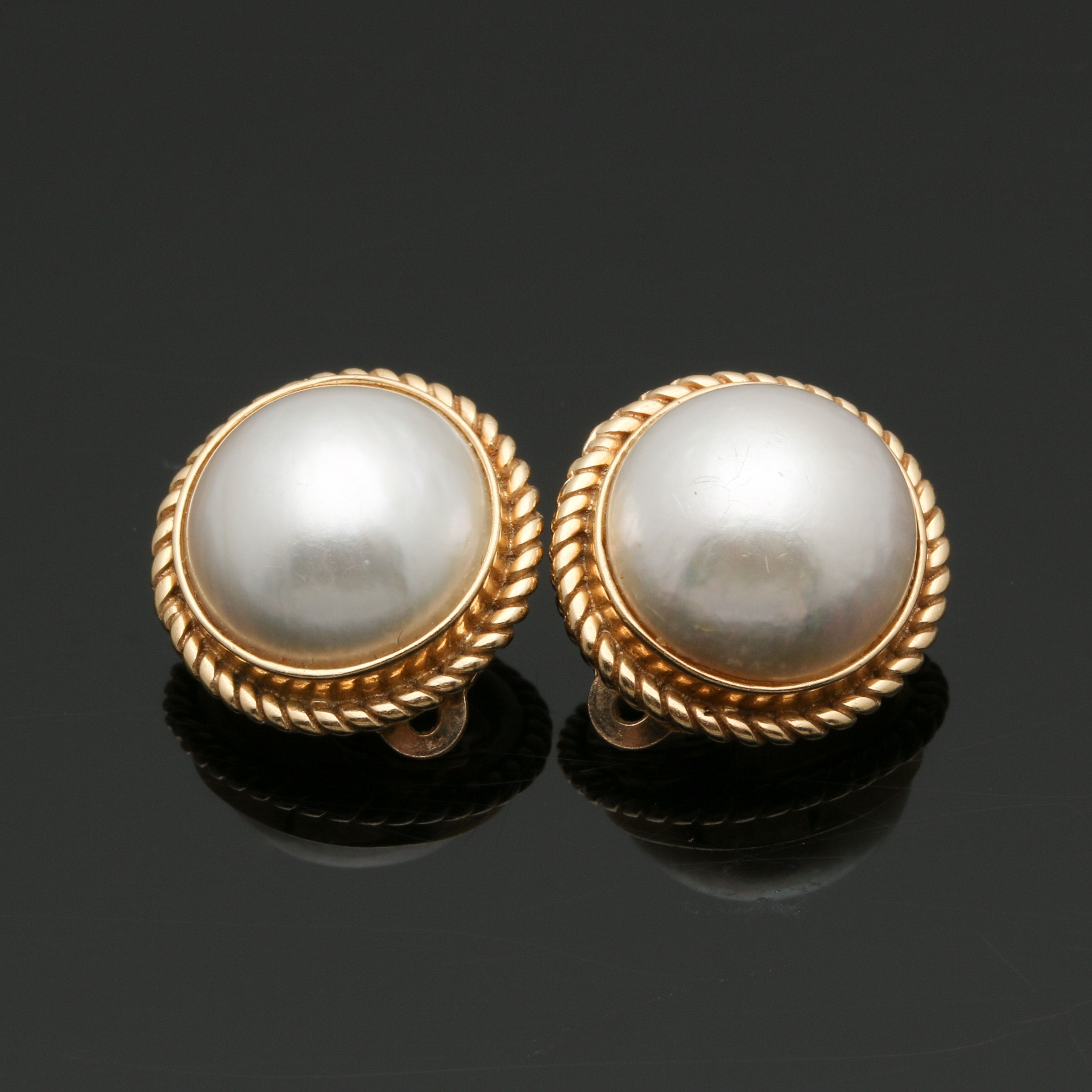 14K Yellow Gold Mabé Pearl Clip On Earrings