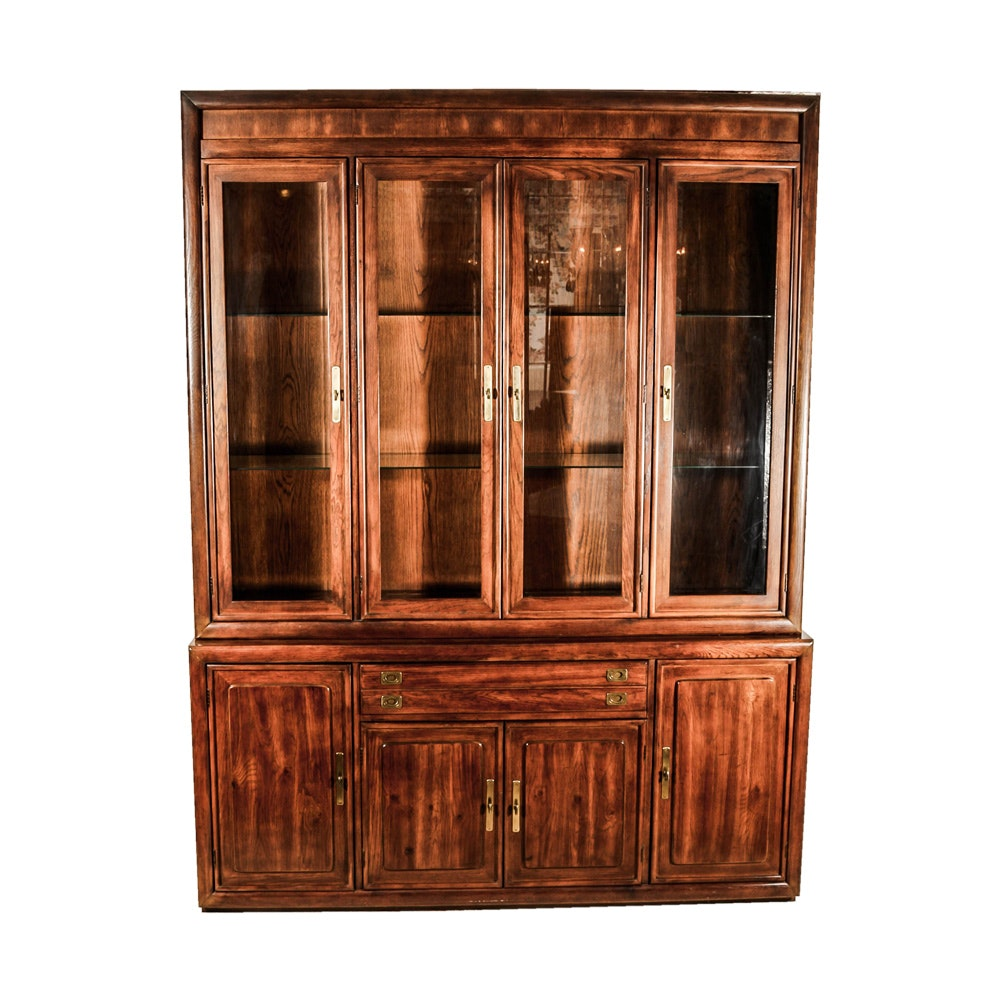 Attrayant Vintage Two Piece China Cabinet ...