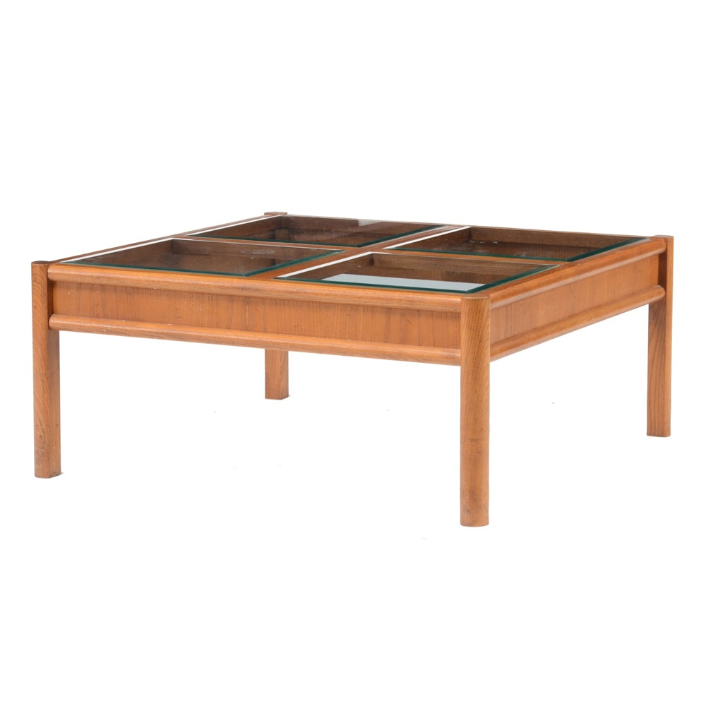 Superbe Thomasville Coffee Table ...