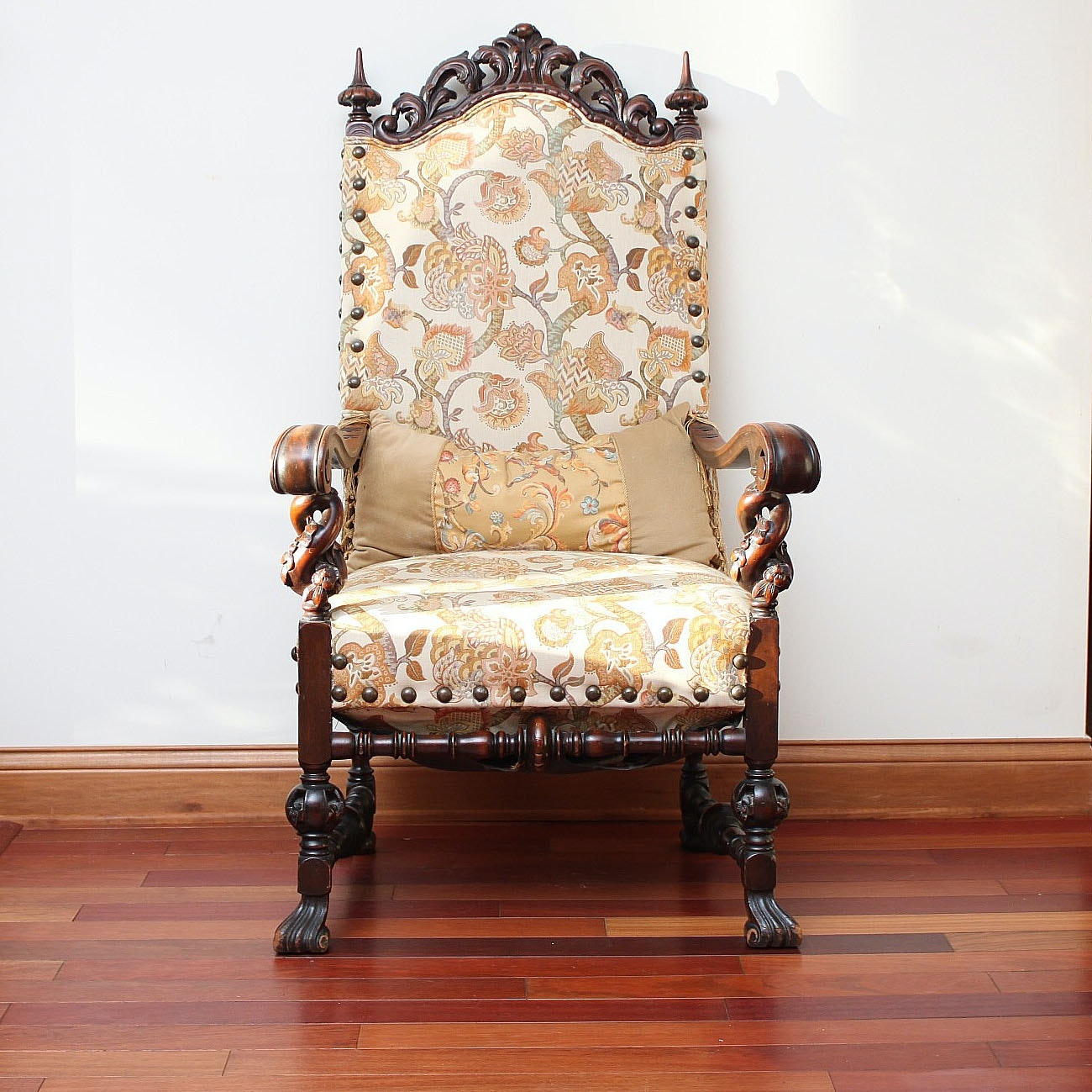 Antique Victorian Throne Chair ...